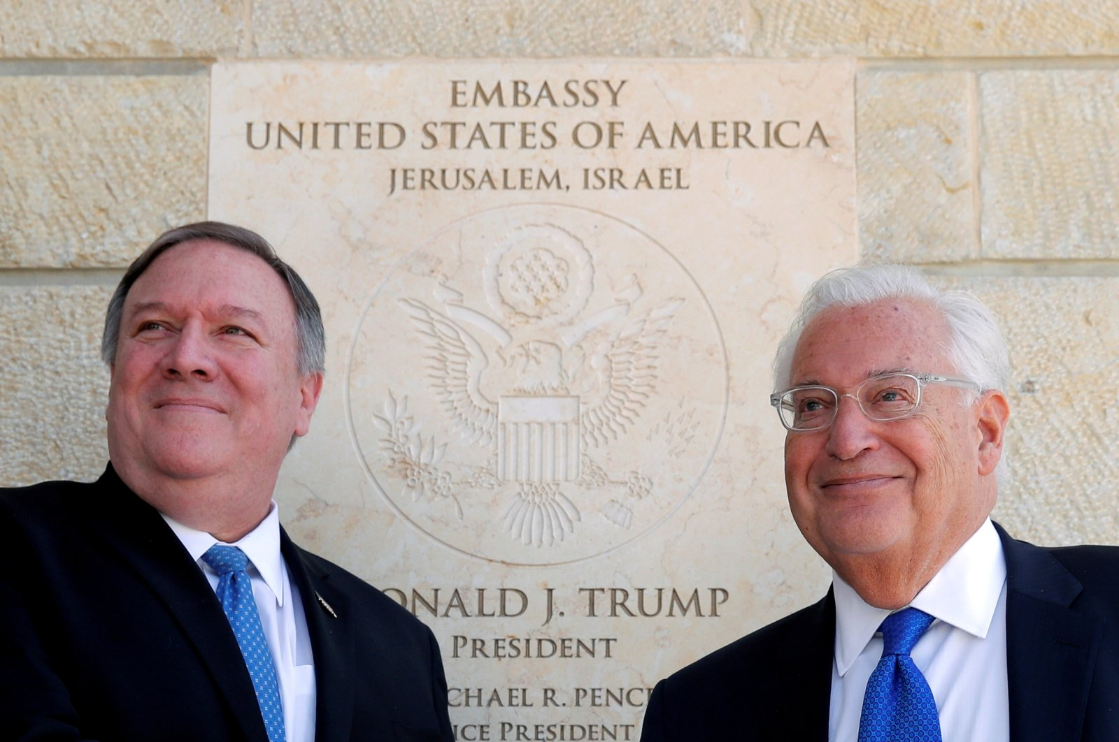 U.S. Secretary of State Mike Pompeo (L) and U.S. Ambassador to Israel David Friedman stand next to the dedication plaque at the U.S. Embassy in Jerusalem, March 21, 2019. (Reuters Photo)