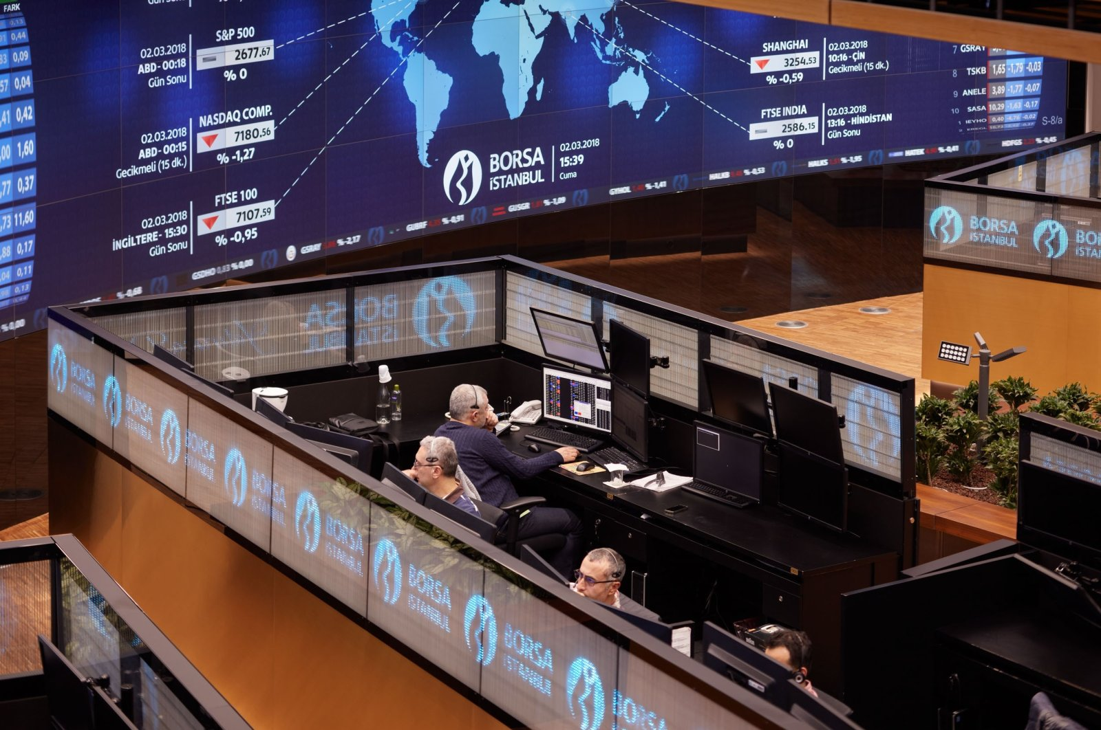 Traders work at their desks at Istanbul Stock Exchange, Borsa Istanbul, Turkey, Oct. 26, 2020. (IHA Photo)
