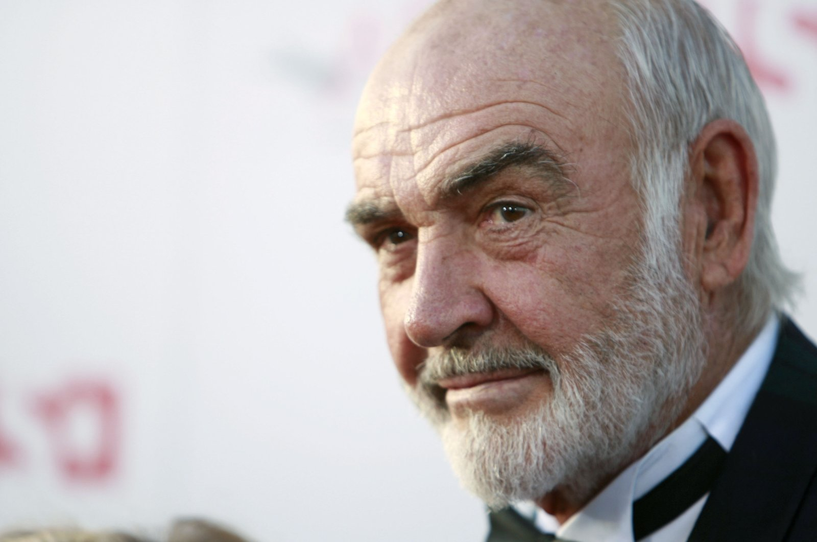 Sean Connery arrives at the American Film Institute Life Achievement Award event honoring Al Pacino in Los Angeles, California on June 7, 2007. (AP Photo)