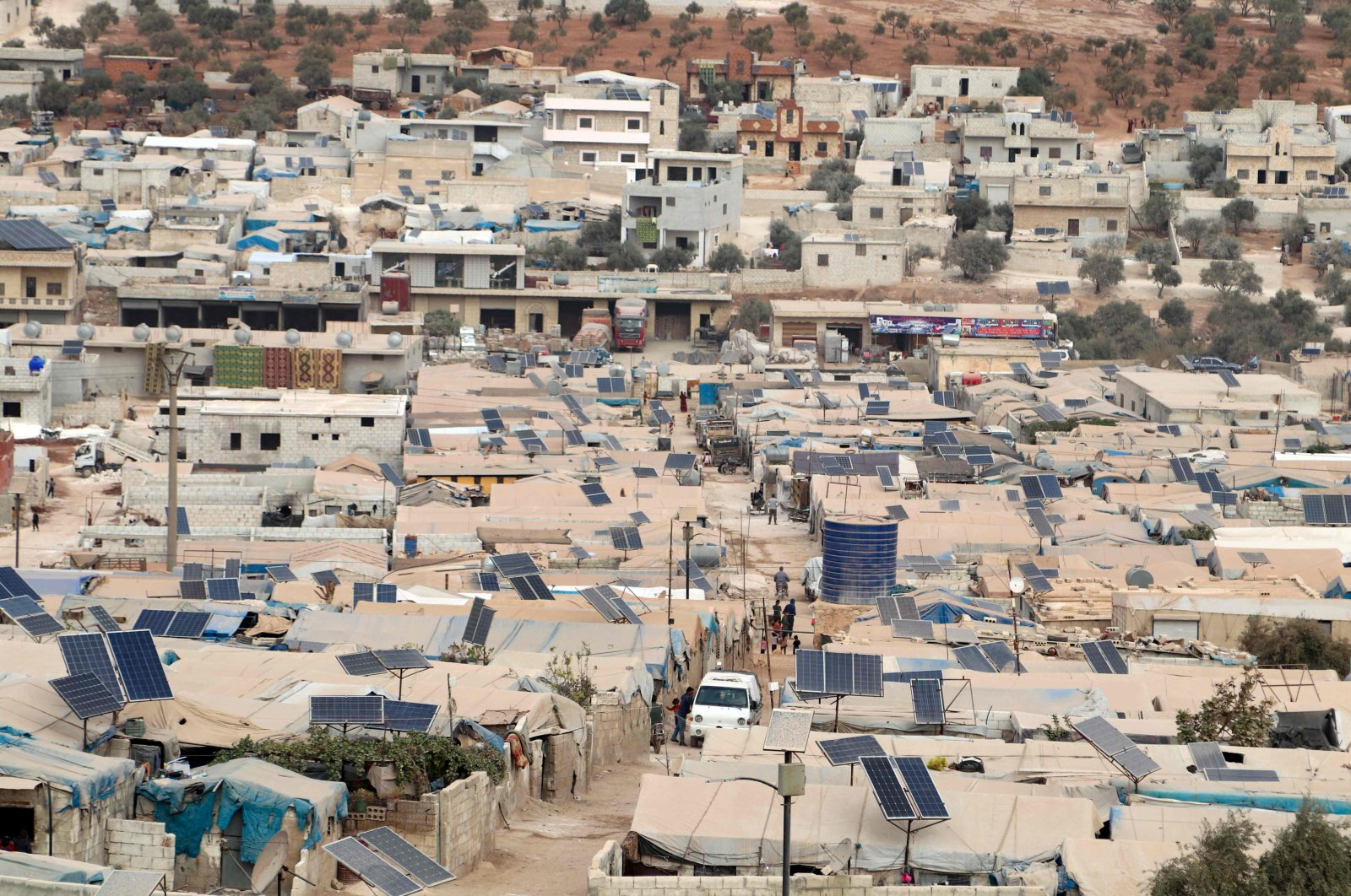 This picture shows a partial view of an overcrowded displacement camp near the village of Qah near the Turkish border in northwestern Idlib province, Syria, Oct. 28, 2020. (AFP Photo)