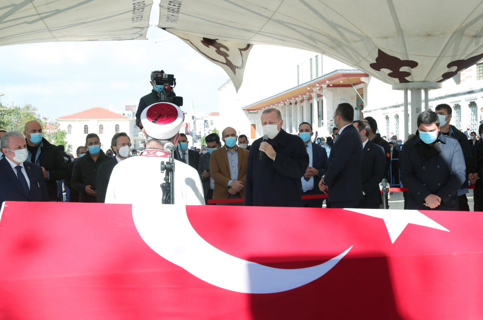 President Recep Tayyip Erdoğan delivers a speech during Burhan Kuzu's funeral ceremony in Istanbul's Fatih Mosque, Turkey, Nov. 2, 2020. (AA Photo)