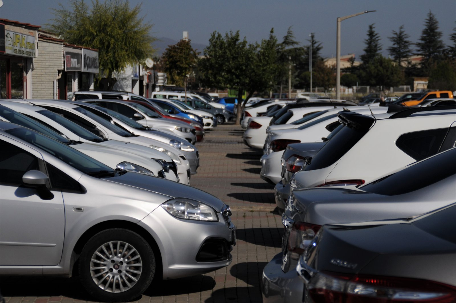 Secondhand cars are seen in the central Eskişehir province, Turkey, Nov. 2, 2020. (IHA Photo)
