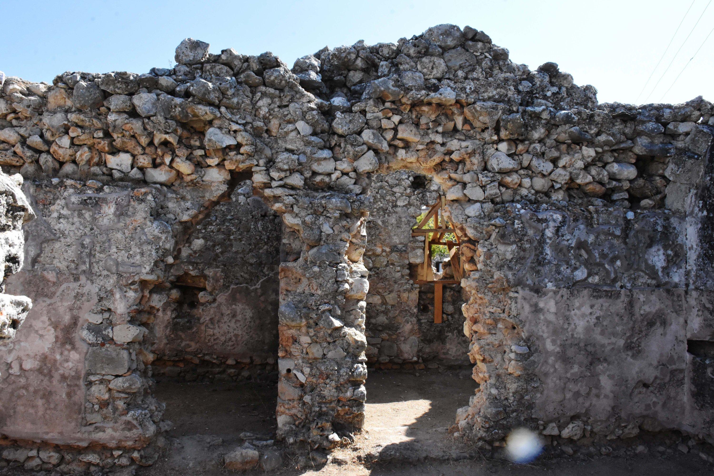 The gate of the Bey Bath in ancient city of Beçin, Muğla, southwestern Turkey, Nov. 2, 2020. (AA PHOTO)