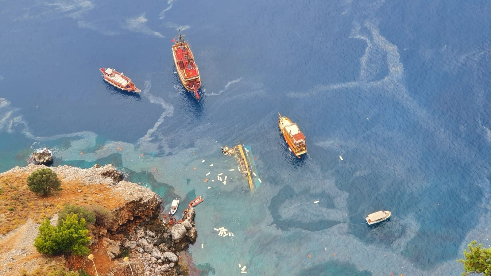 An aerial view of the sunken boat in Antalya, southern Turkey, Nov. 3, 2020. (İHA Photo)