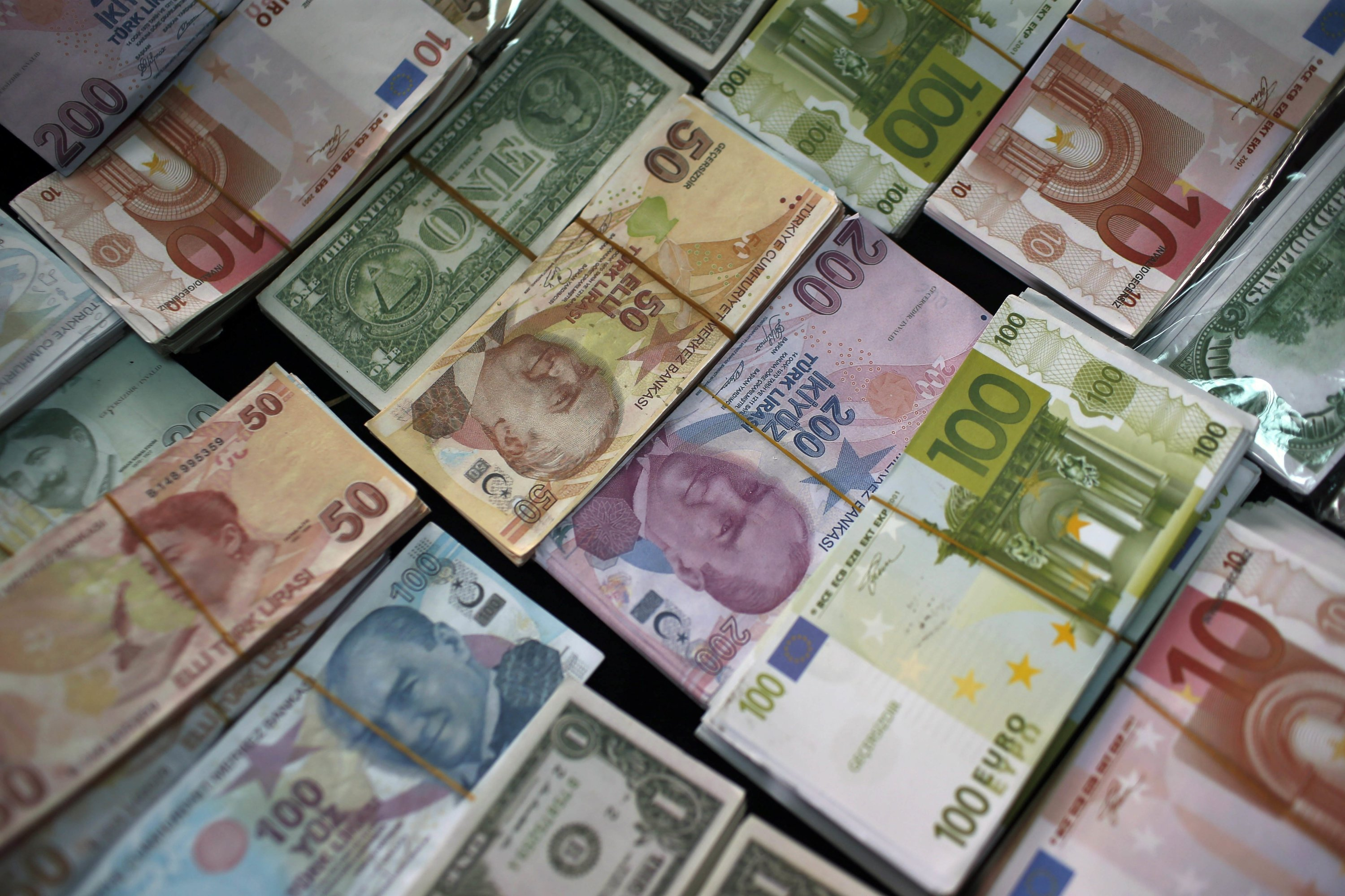 Turkey's central bank tightens policy further with swap rate hike thumbnail