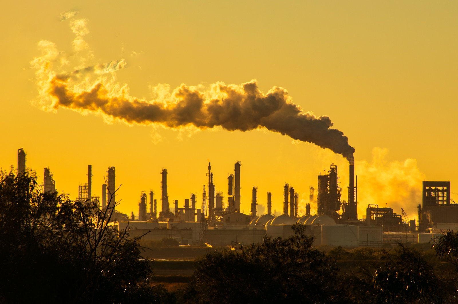 The largest source of greenhouse gas emissions in the U.S. is from burning fossil fuels for electricity. (Shutterstock Photo)
