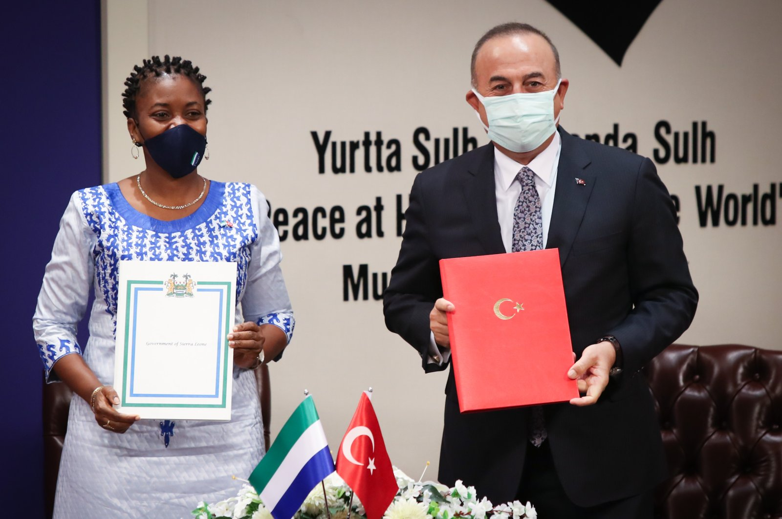 International Cooperation and Foreign Minister of Sierra Leone Nabeela Tunis and Turkish Foreign Minister Mevlüt Çavuşoğlu met in Ankara to sign three cooperation agreements, Nov. 3, 2020. (AA Photo)