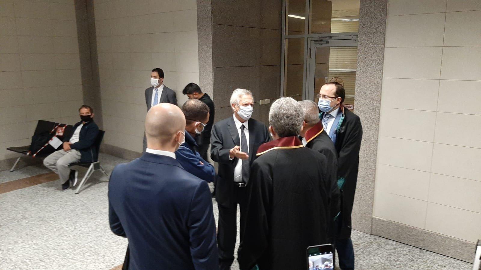 Aziz Yıldırım (C) outside the courtroom before the hearing, in Istanbul, Turkey, Nov. 6, 2020. (DHA Photo)