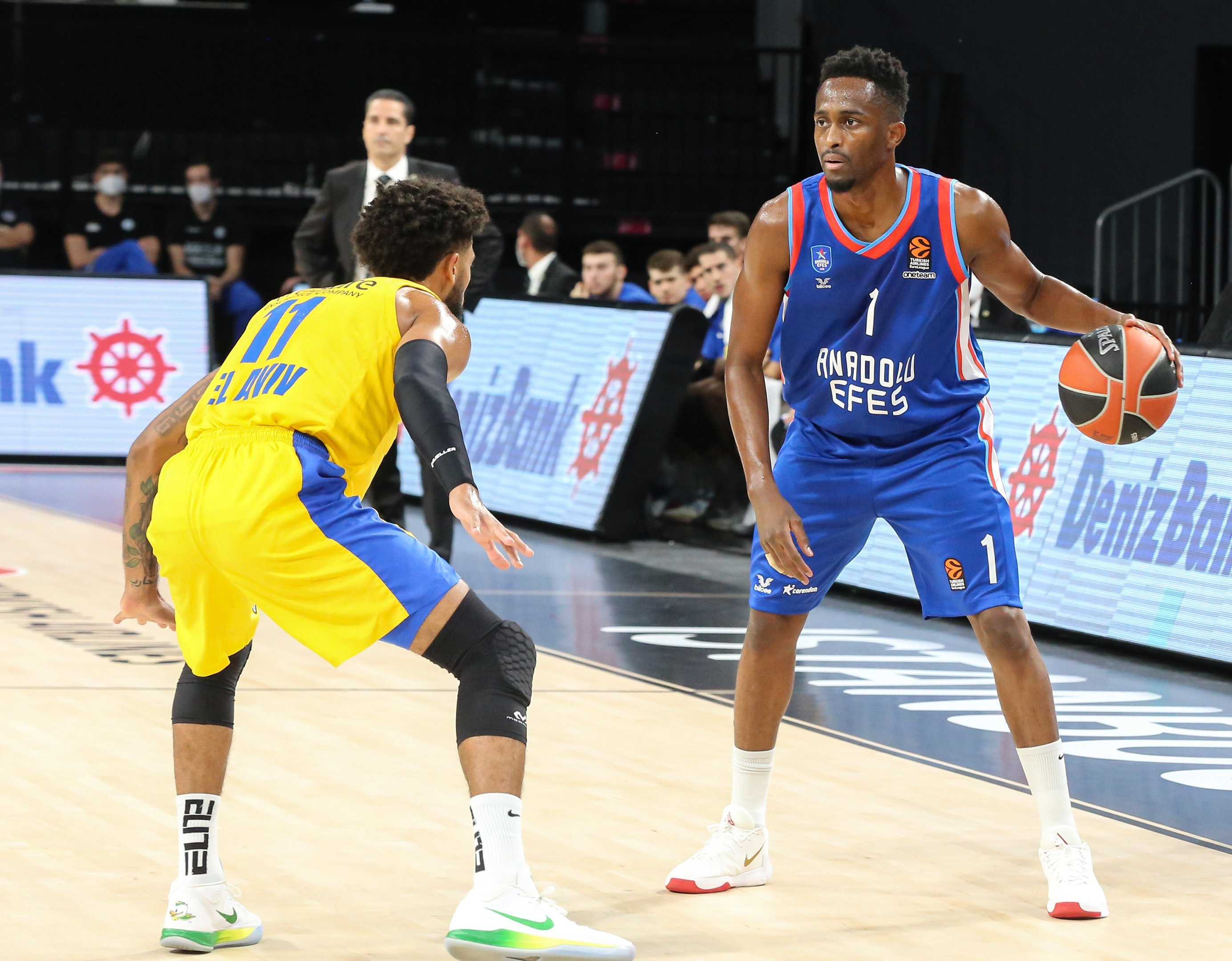 Beaubois leads Anadolu Efes to beat Maccabi Tel Aviv 91-89 in EuroLeague | Daily Sabah