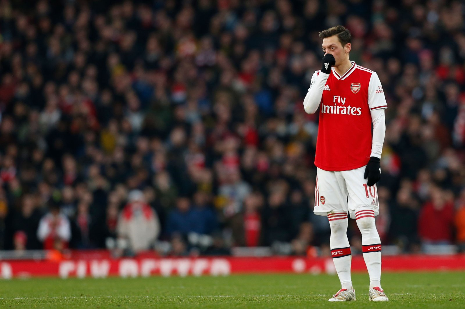 Arsenal's Mesut Özil reacts during a Premier League match against Chelsea, in London, Britain, Dec. 29, 2019. (AFP Photo)
