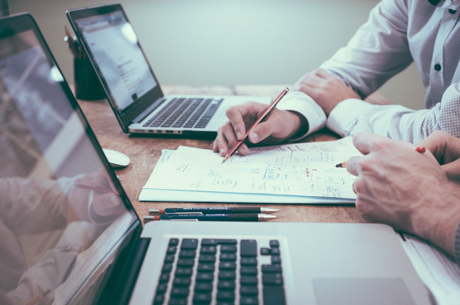 The sales automation platform, Ekmob, has been providing services to over 5,000 sales personnel affiliated with more than 300 corporate companies by 2020. (iStock Photo)