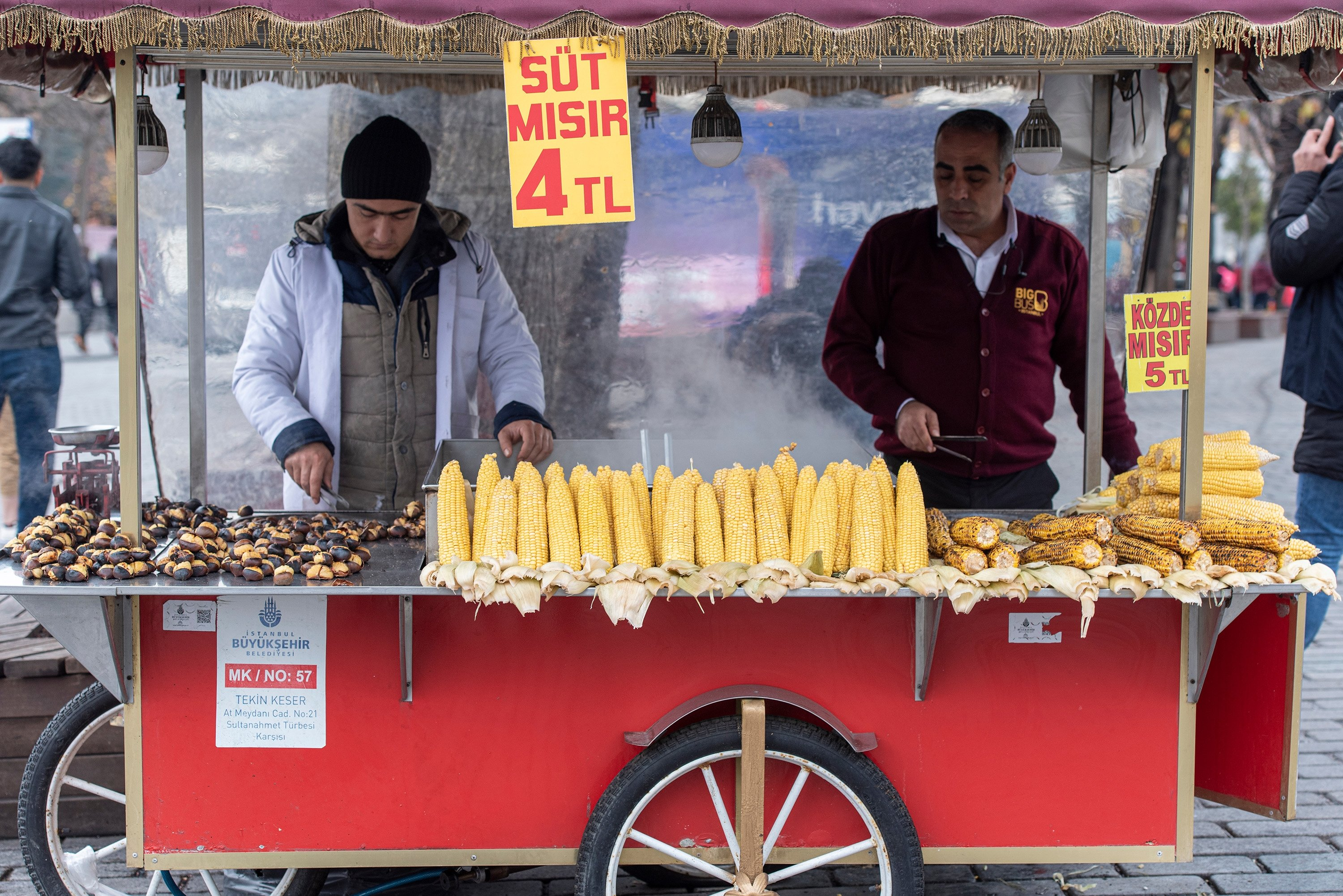 Street vendors selling roasted chestnuts in paper cones and roasted corn on the cob is a common sight in Turkey like this photo taken in Istanbul's Sultanahmet Square on Dec. 28, 2019. (Shutterstock Photo)