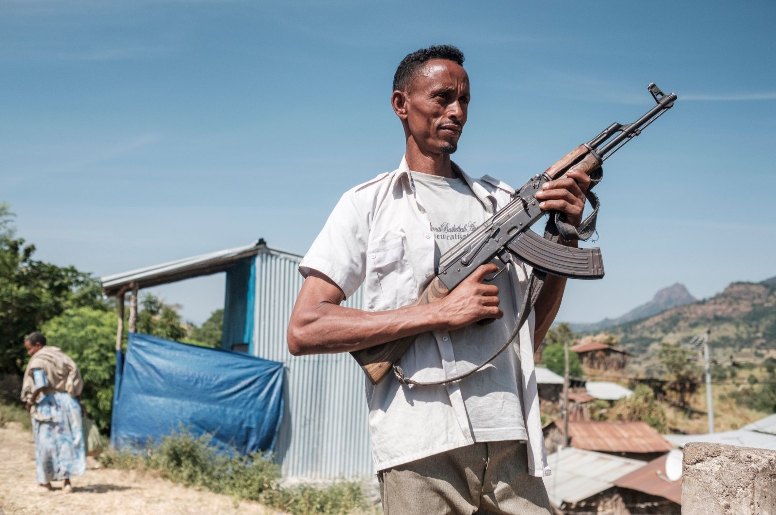 A militiaman from Ethiopia's Amhara Region in the town of Musebamb, Ethiopia, Nov. 7, 2020. (AFP Photo)