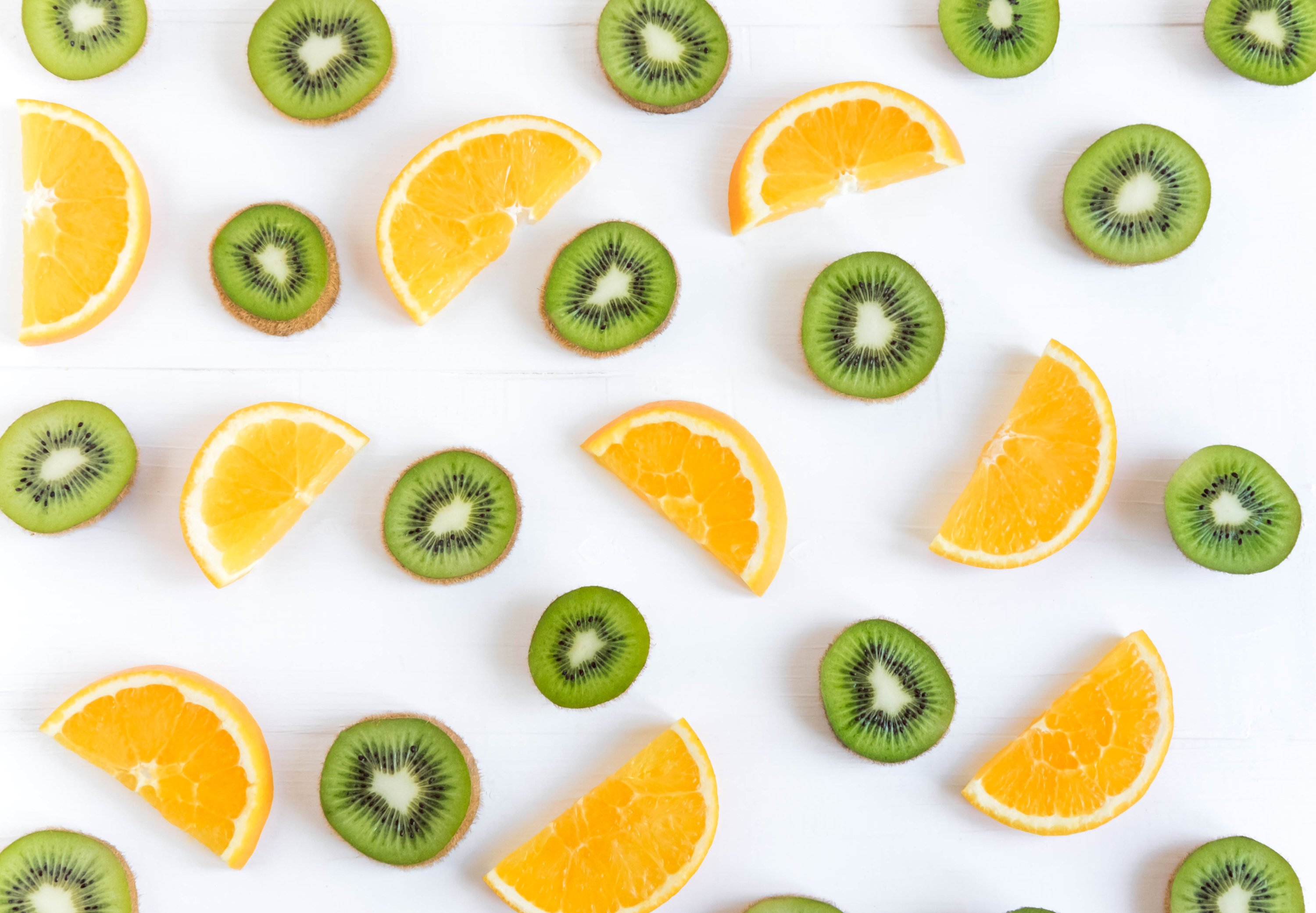 Oranges and kiwis are great sources of disease-fighting vitamin C.(Shutterstock Photo)