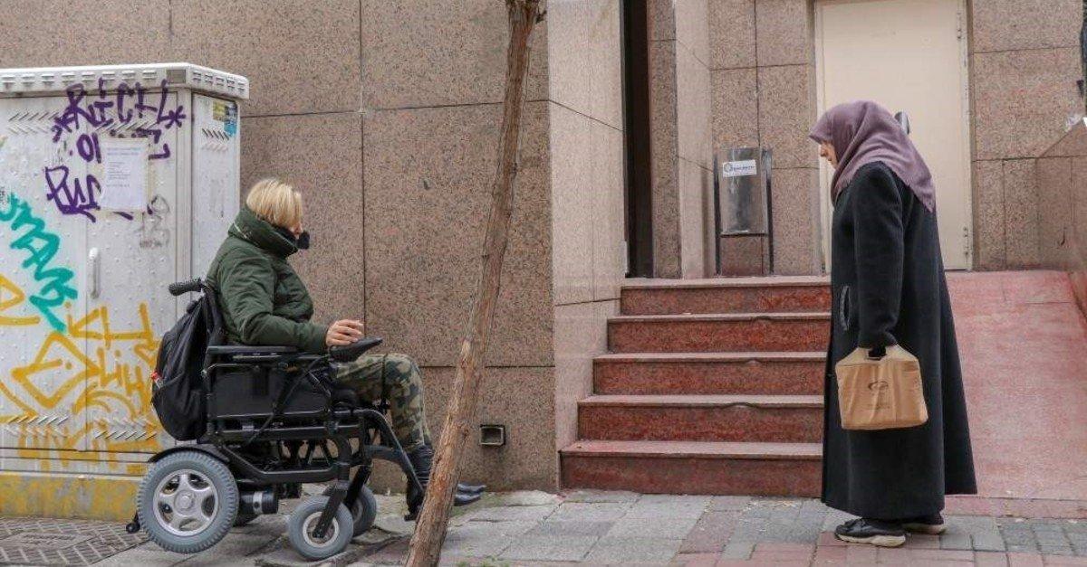 A woman in wheelchair advances to a wheelchair ramp, in Istanbul, Turkey, Dec. 3, 2019. (AA Photo)