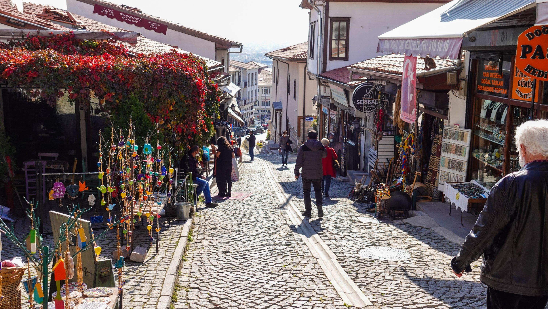 Koyunpazarı Street has all you are looking for and more. (Photo by Argun Konuk)