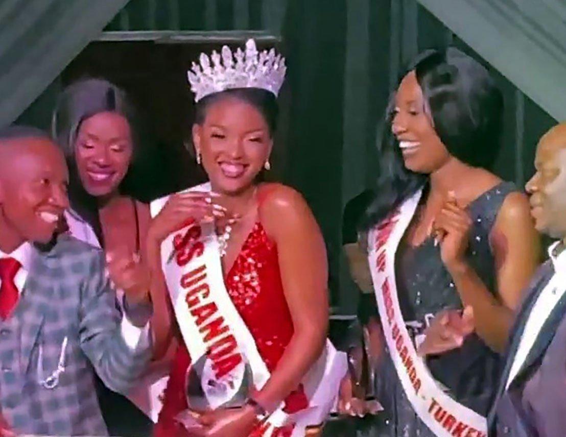 "Winners of the ""Miss Uganda 2020"" contest pose on a podium, Istanbul, Nov. 12, 2020. (IHA Photo)"
