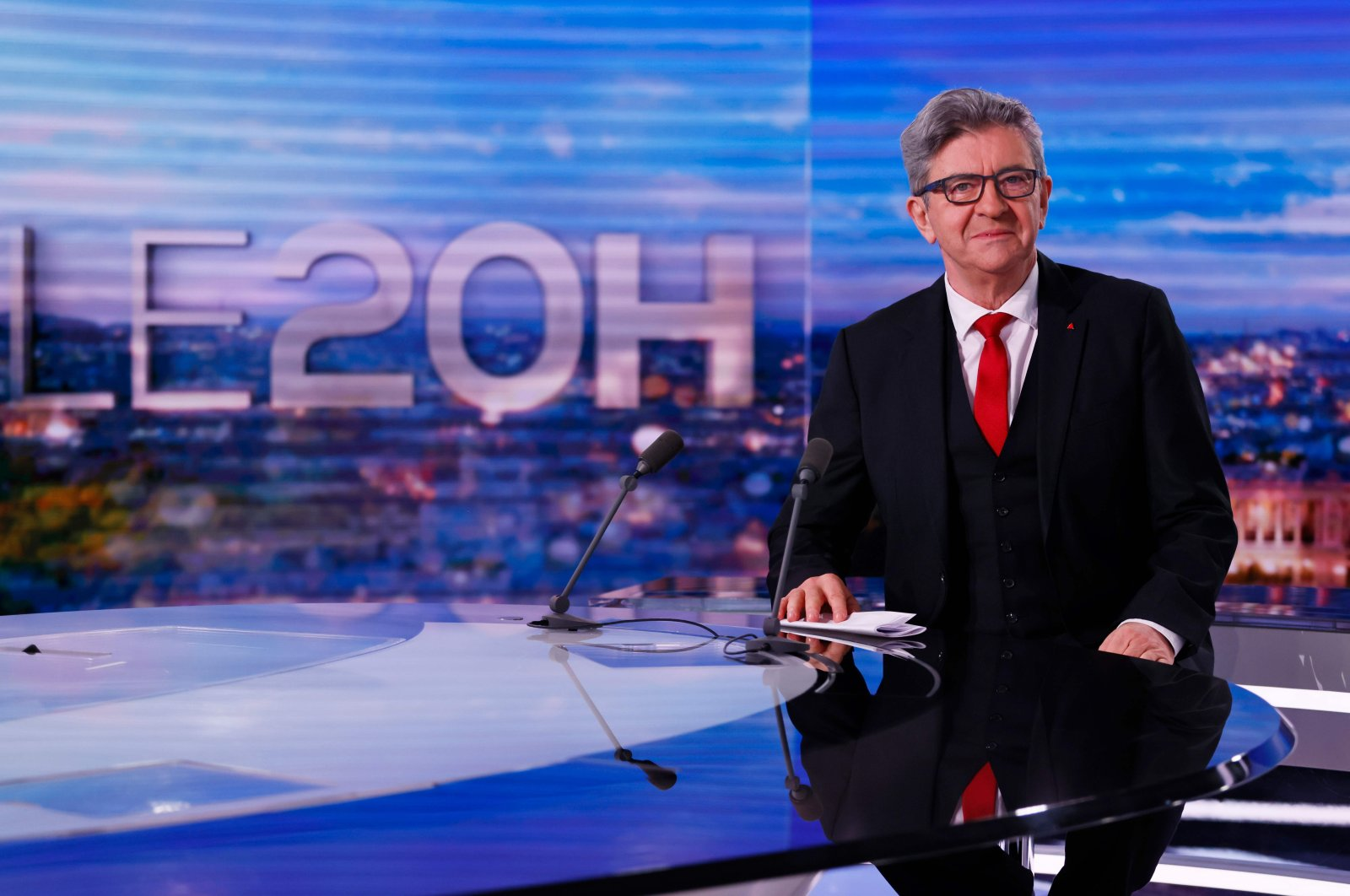 French leftist party La France Insoumise's (LFI) leader Jean-Luc Melenchon poses at the TF 1 studio prior to announcing his candidacy for the 2022 presidential election, in Paris, France, Nov. 8, 2020. (AFP Photo)