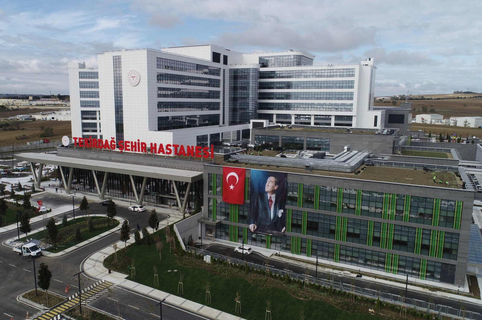 A view of Ismail Fehmi Cumalıoğlu Tekirdağ City Hospital, in Tekirdağ, northwestern Turkey, Nov. 13, 2020. (AA Photo)