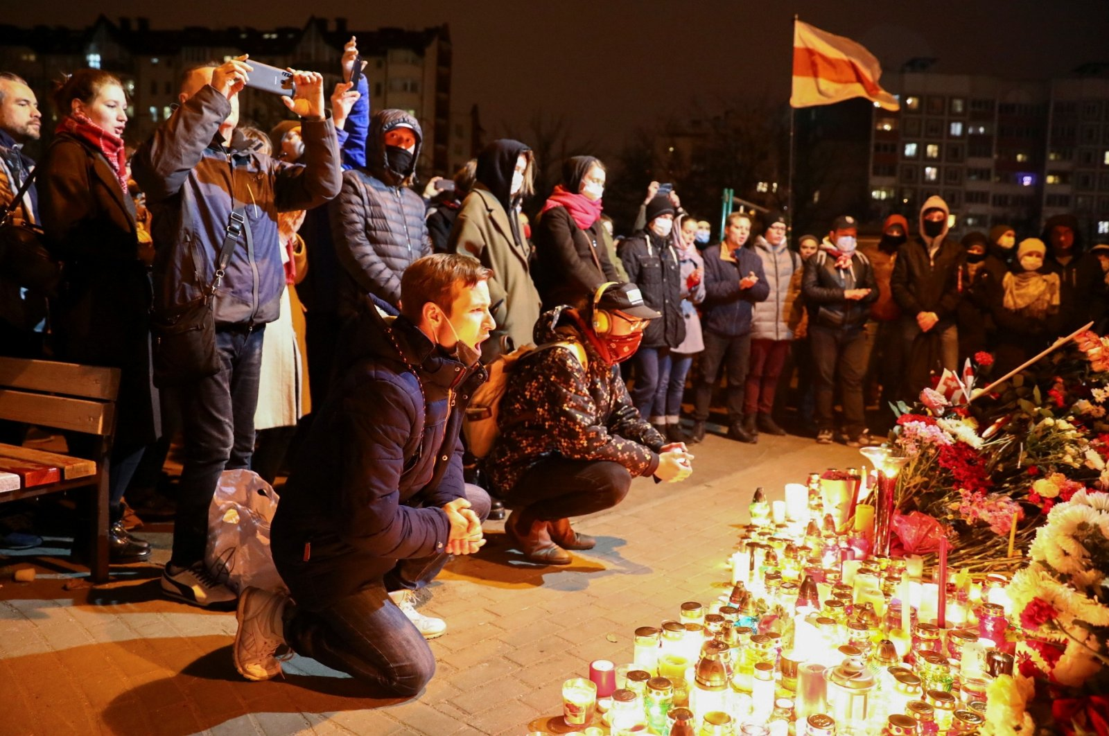 People gather to mourn the death of protester, Minsk, Nov. 12, 2020. (REUTERS Photo)