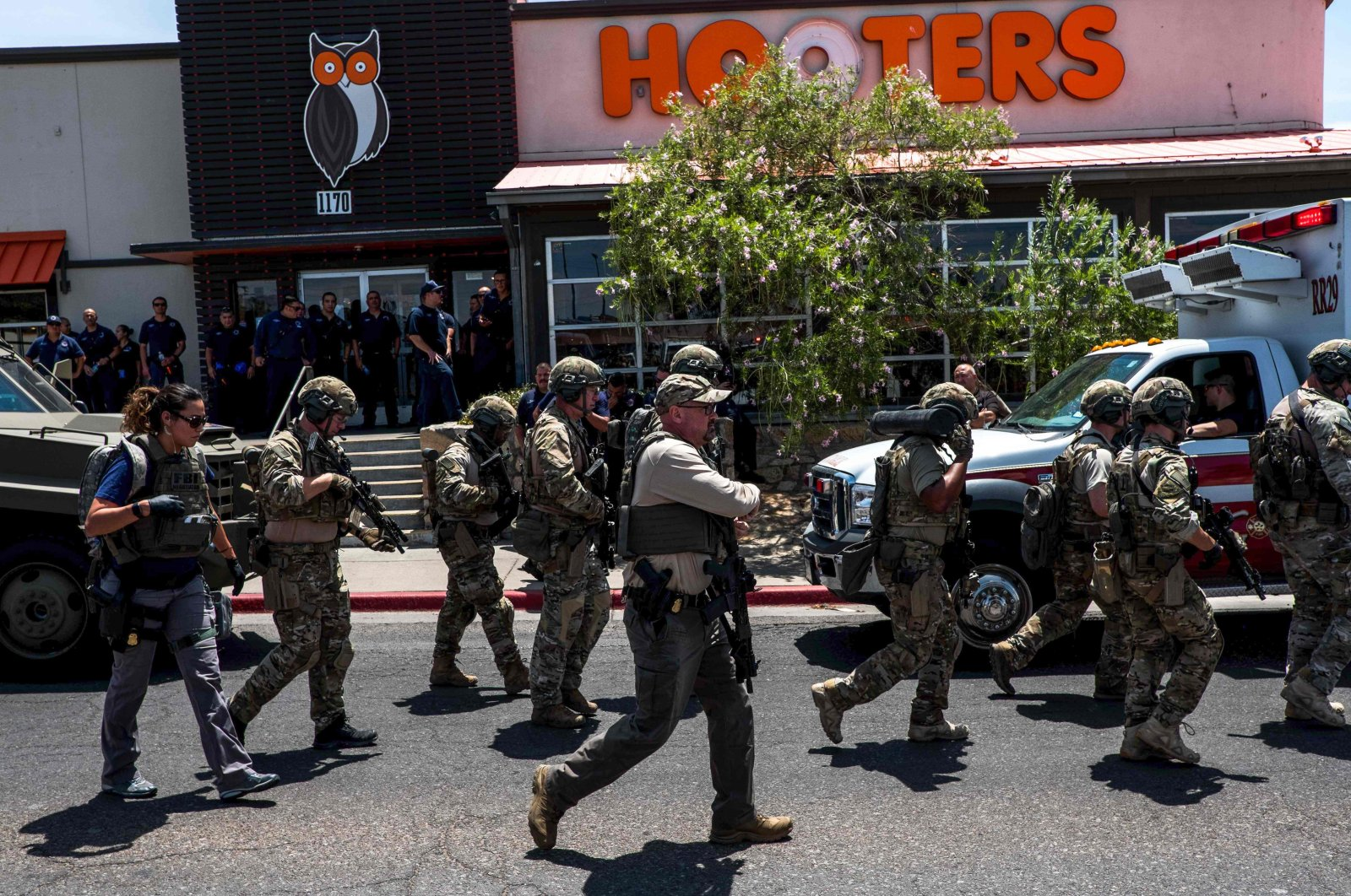 Law enforcement agencies respond to an active shooter at a Walmart near Cielo Vista Mall in El Paso, Texas, Aug. 3, 2019. (AFP Photo)