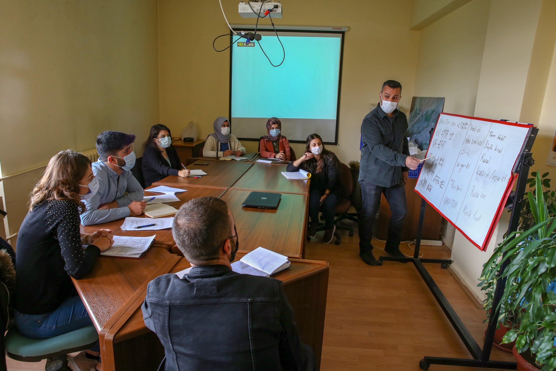 Students at an Urartian class at Yüzüncü Yıl University, Van, eastern Turkey, Nov. 16, 2020. (AA Photo)