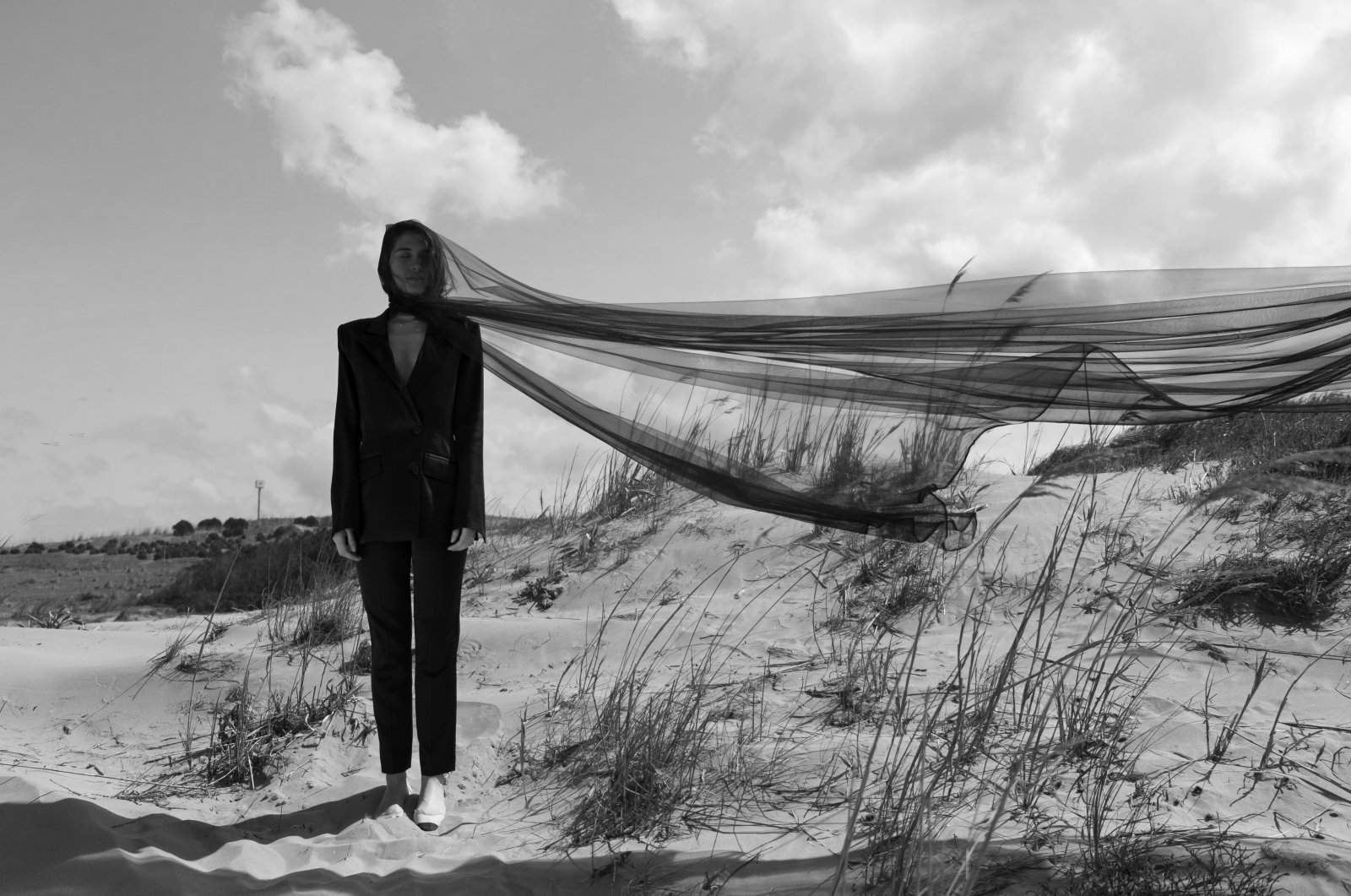 A blazer pantsuit from Eon. (Photo courtesy of Tuğba Atasoy)