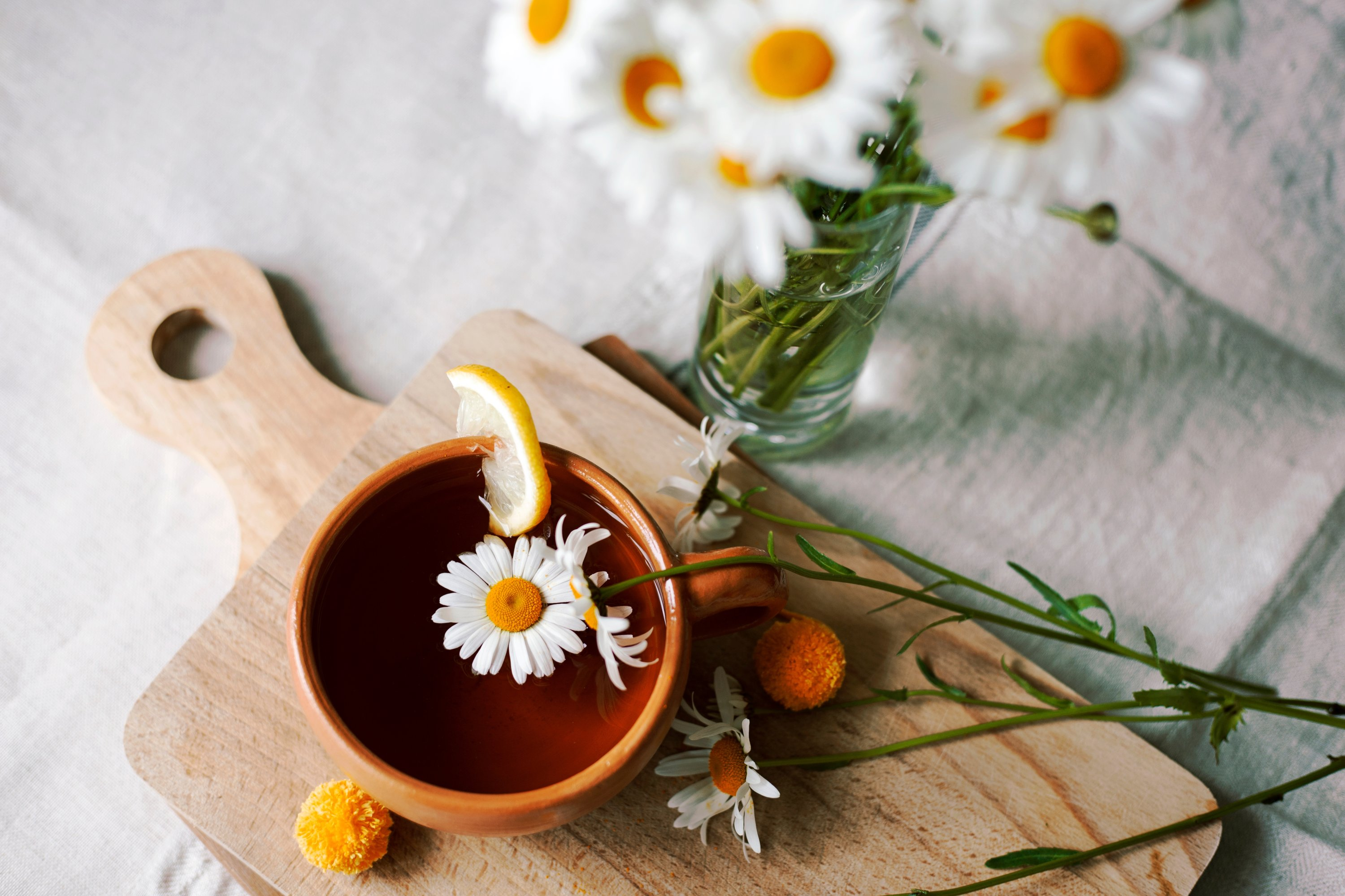 Chamomile tea is an excellent stress reliever. (Shutterstock Photo)