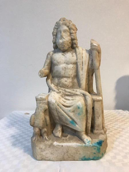 The marble statue of Zeus seized during a search by gendarmerie forces in Turkey's central province of Eskişehir, Turkey, Nov. 18, 2020. (DHA Photo)