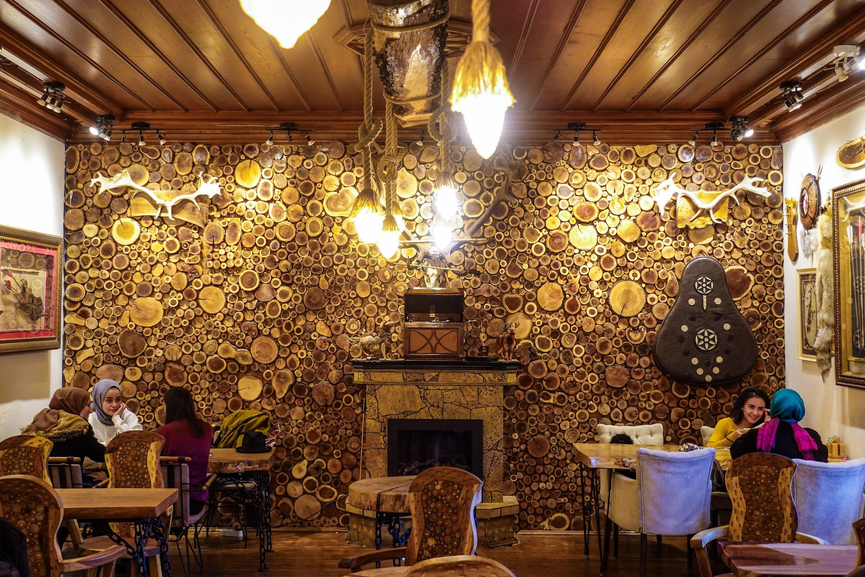 Le café Tahayyül Kemankeş.  (Photo par Argun Konuk)