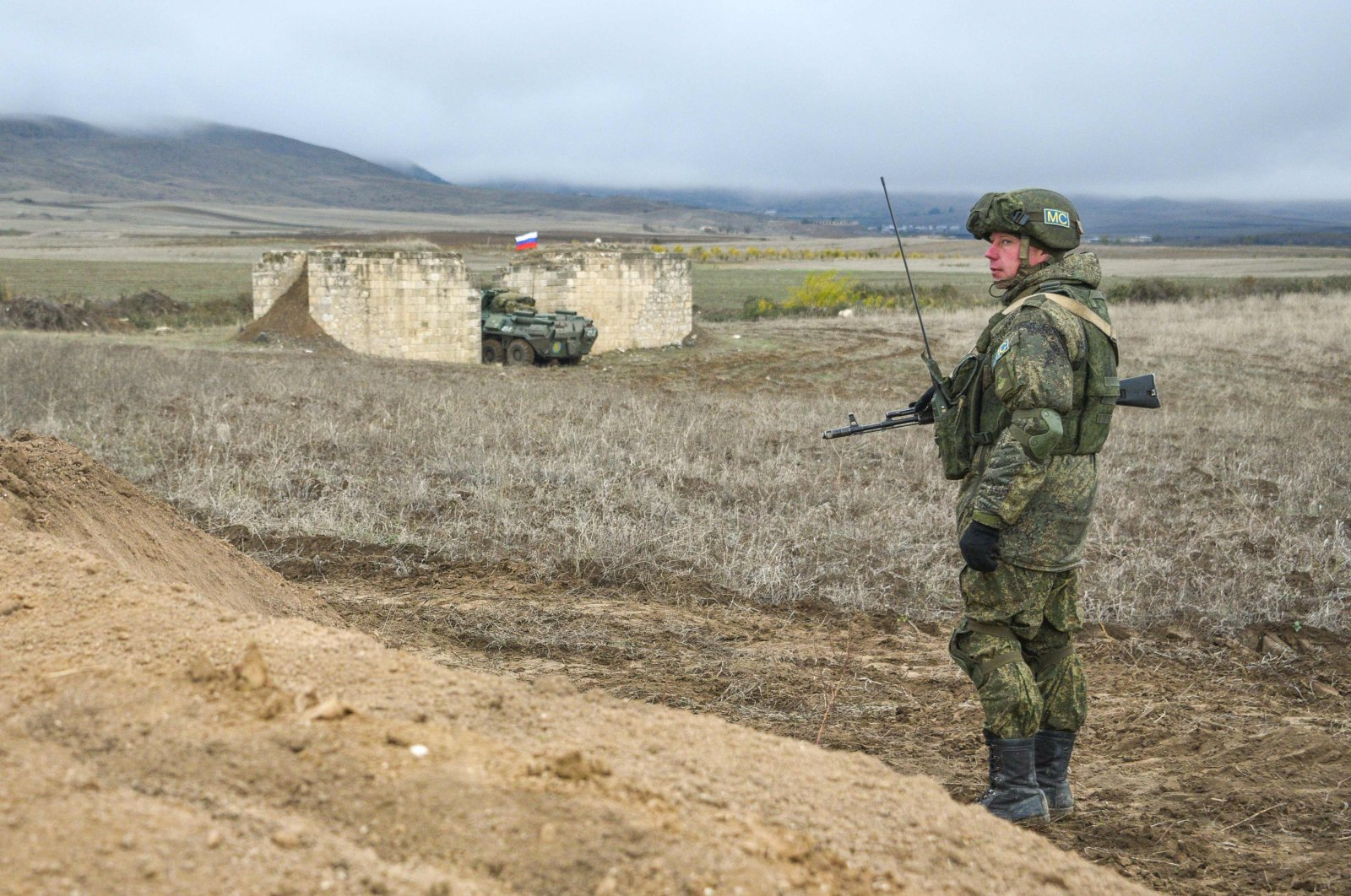 A Russian peacekeeper patrols at the checkpoint outside Askeran, Nov. 19, 2020. (AFP Photo)