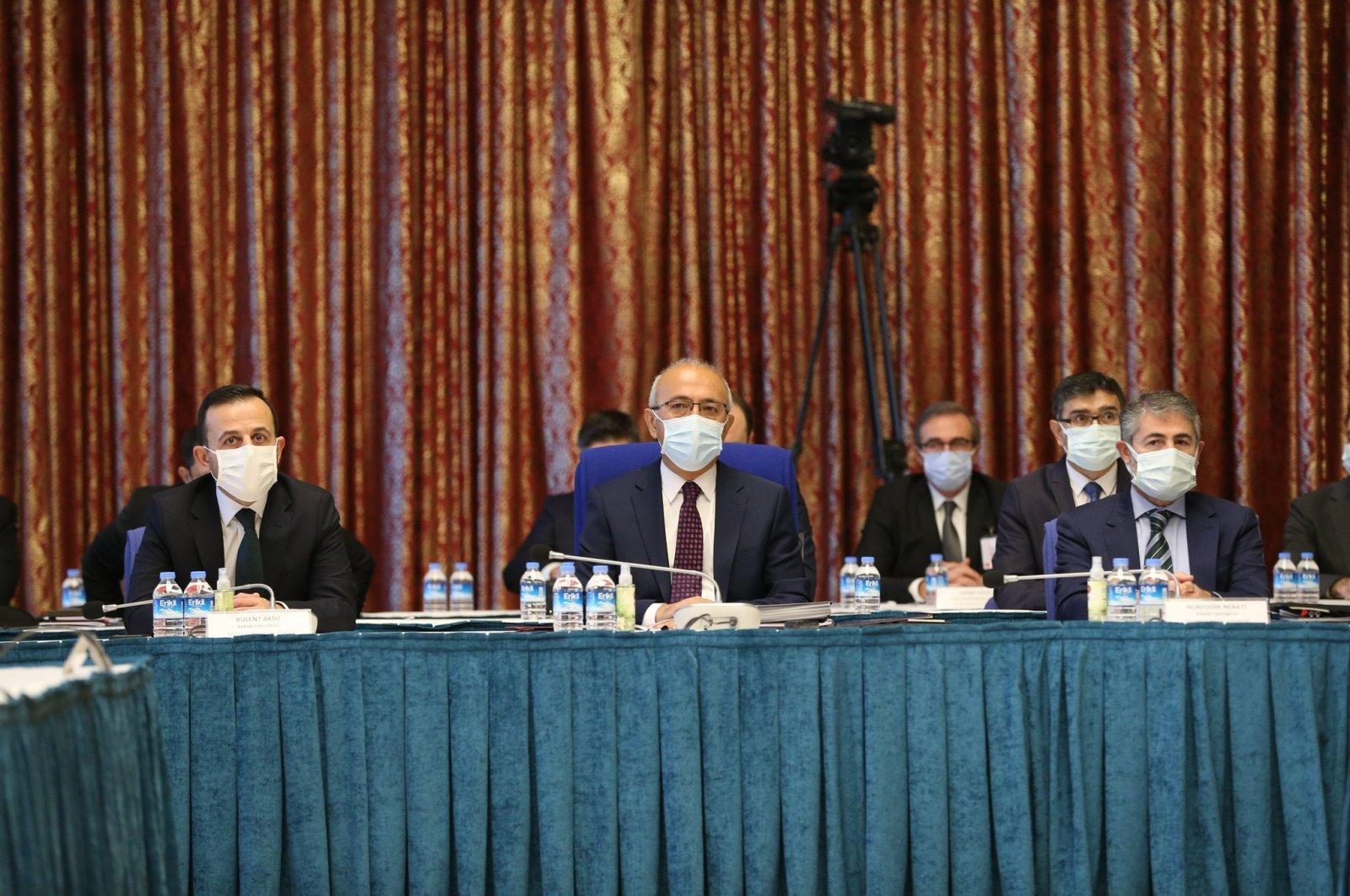 Treasury and Finance Minister Lütfi Elvan (C) speaks at the 2021 budget meeting in the capital Ankara, Turkey, Nov. 17, 2020. (AA Photo)