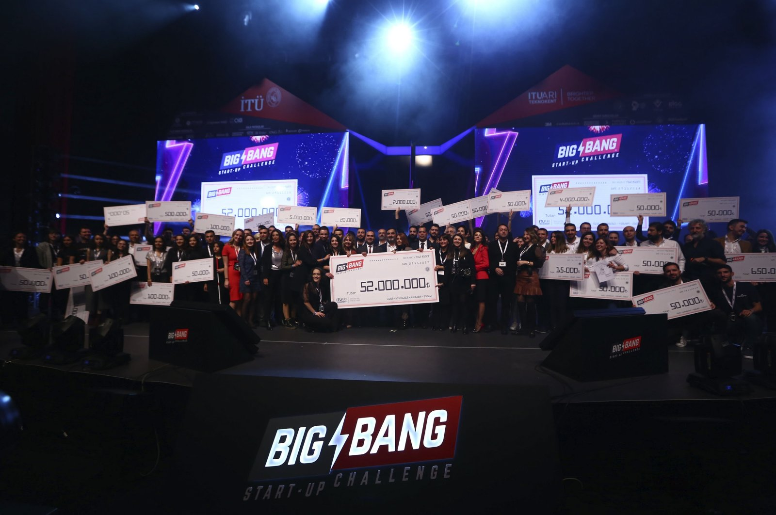 Finalists of the Big Bang Start-up Challenge are seen on the stage at ITÜ ARI Teknokent, Istanbul, Turkey, Nov. 29, 2019. (Sabah File Photo)