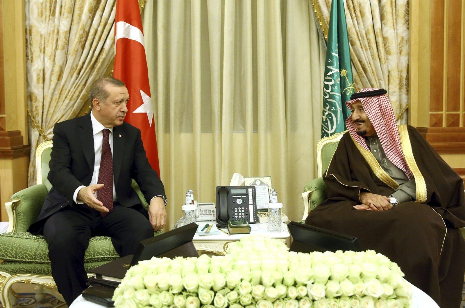 President Recep Tayyip Erdoğan meets with Saudi King Salman in Riyadh, Saudi Arabia, Feb. 14, 2017. (Reuters File Photo)