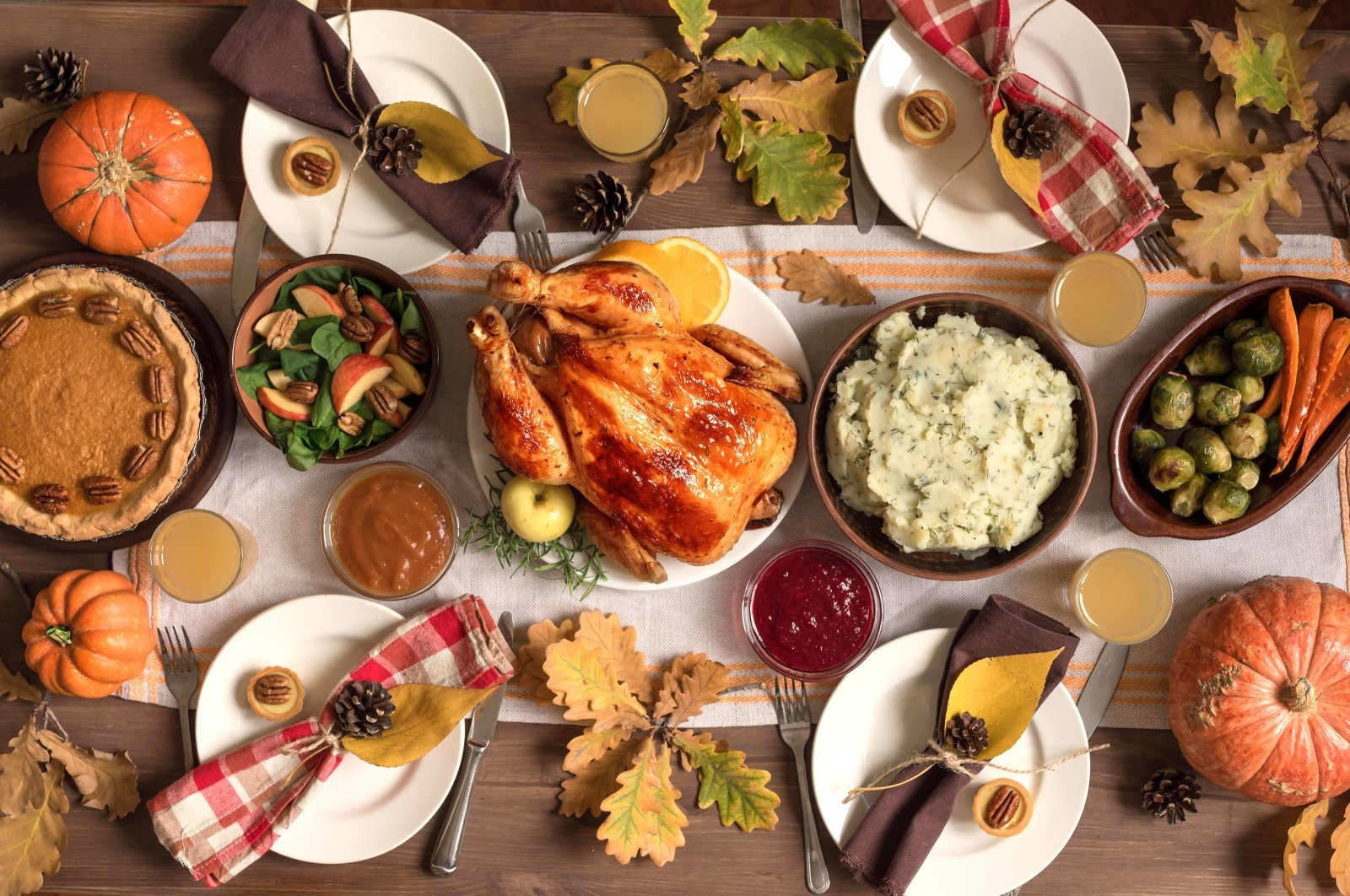 Go with some roasted turkey or chicken, two sides and a dessert for an intimate celebration of Thanksgiving. (Shutterstock Photo)