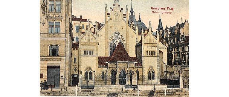 "A postcard featuring Maisel Synagogue in Prague, the Czech Republic, from ""Jamim Mikedem."" (Courtesy of Schneidertempel Art Center)"