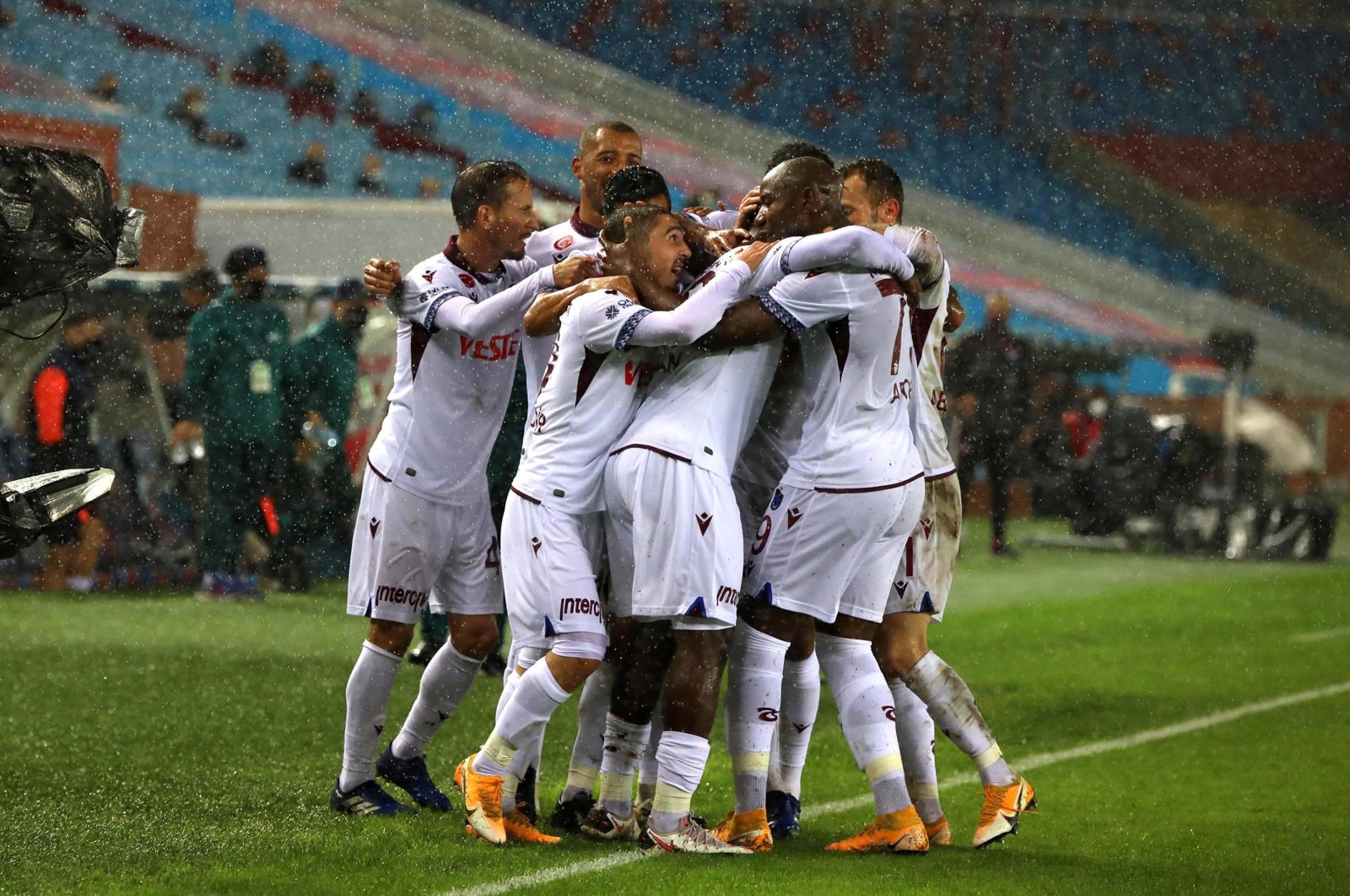 Trabzonspor players celebrate a victory after a Süper Lig match against Erzurumspor, in Trabzon, Turkey, Nov. 22. 2020. (DHA Photo)