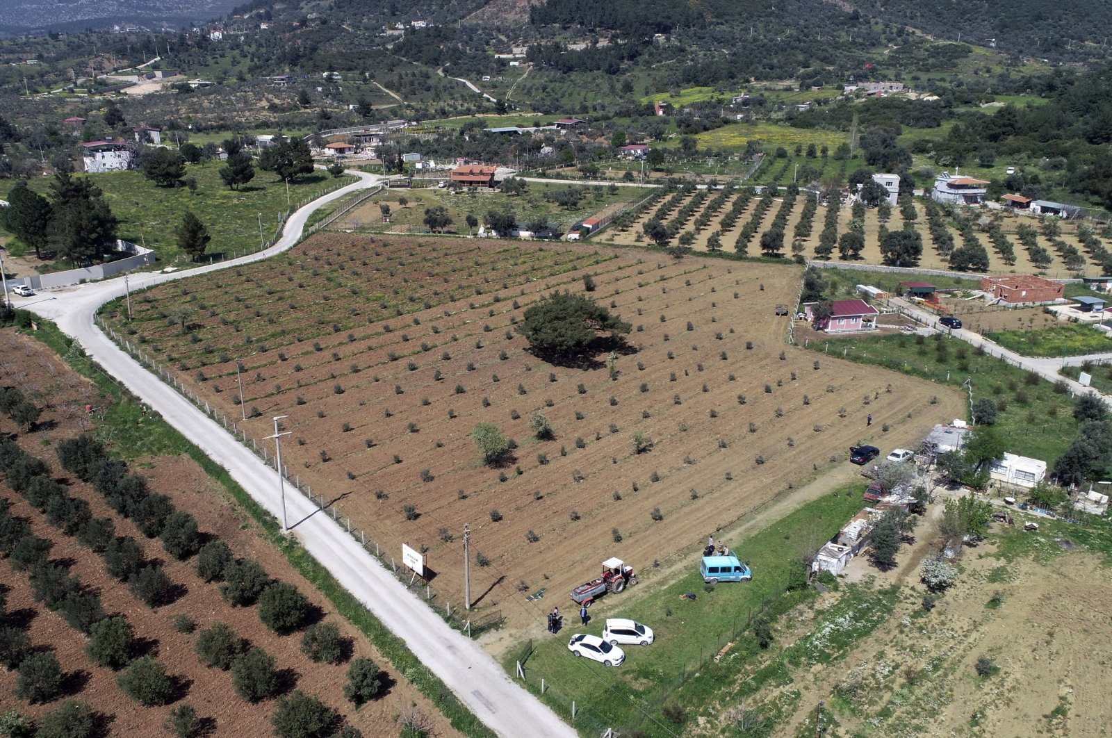 Farmland where members of the Buca municipality have planted vegetables in anticipation of prolonged coronavirus restrictions, Izmir province, western Turkey, April 13, 2020. (AP Photo)