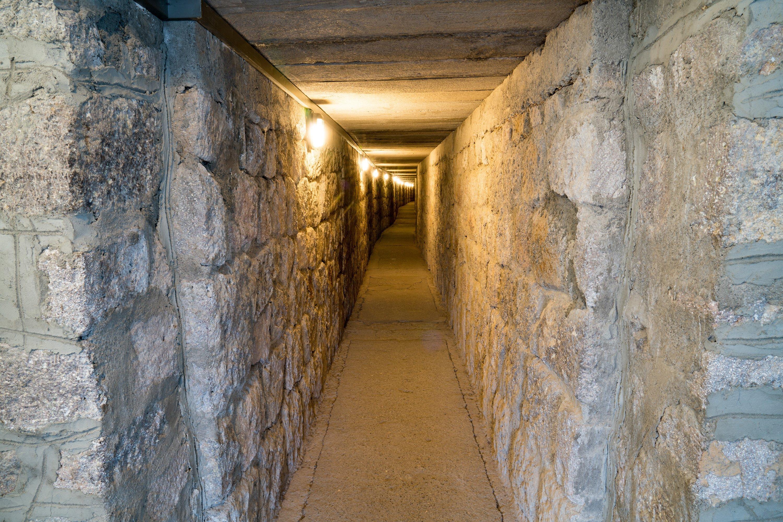 A tunnel inside the tumulus at Gordium, Yassıhöyük, Ankara. (Shutterstock Photo)