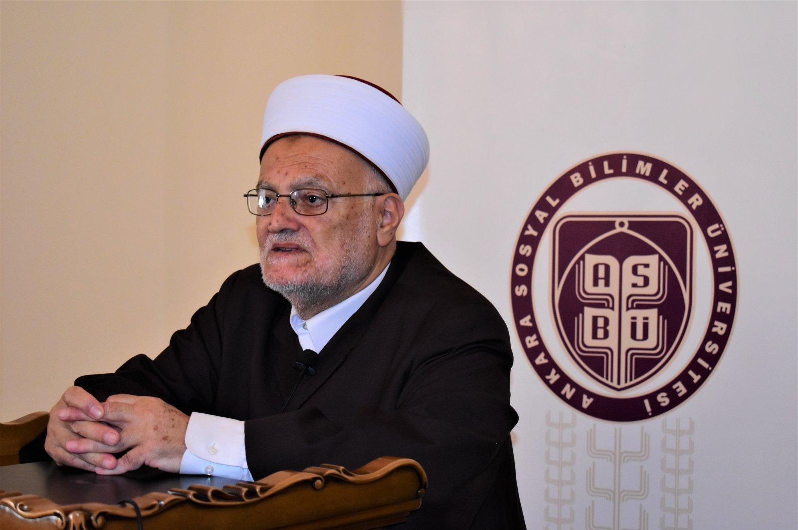 Al-Aqsa Mosque imam Sheikh Ekrema Sabri speaks at a conference at the Social Sciences University of Ankara, Nov. 26, 2020. (AA Photo)