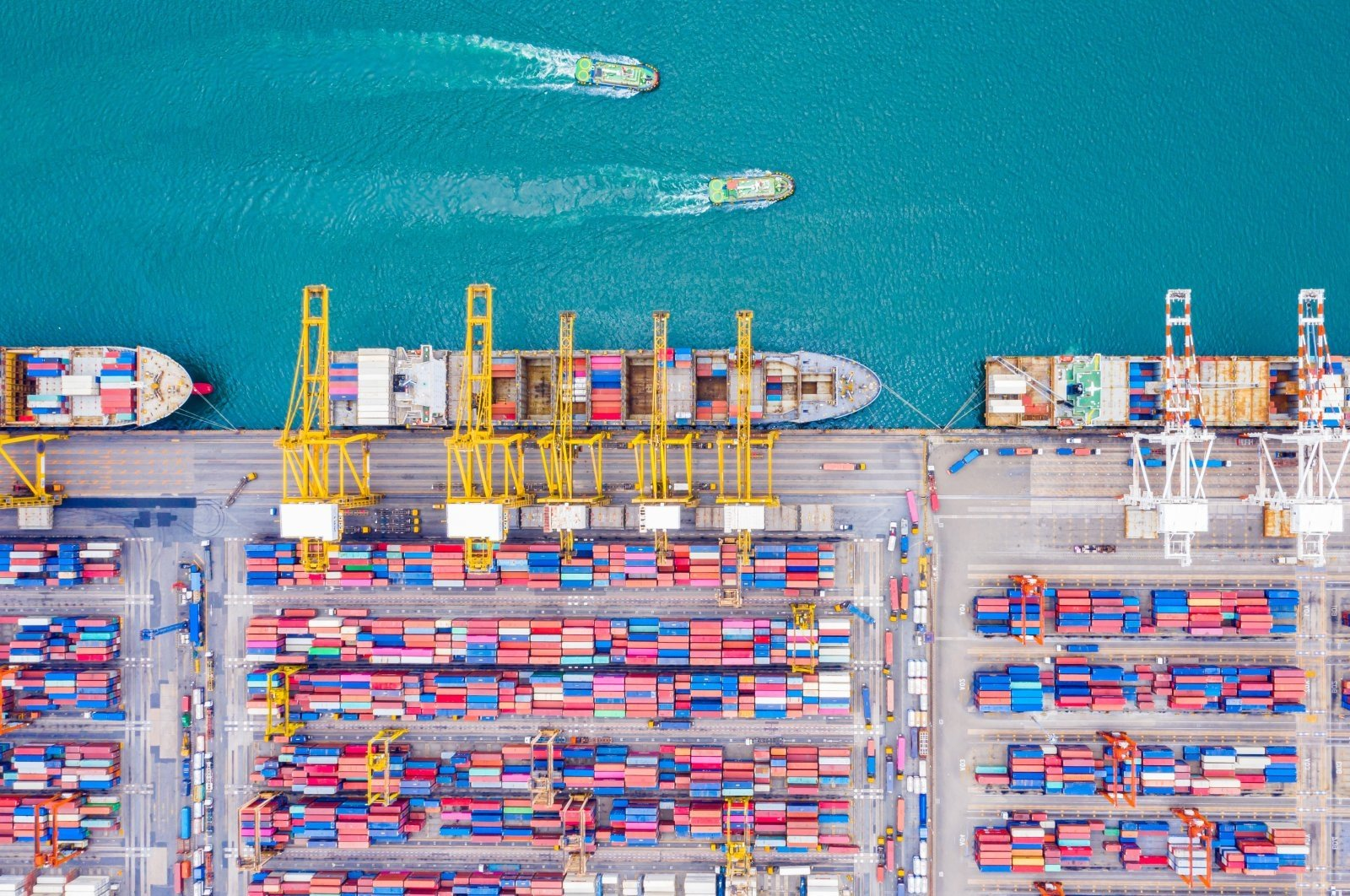 Turkey's foreign trade deficit was $2.37 billion in October, up 34.4% annually. (IHA Photo)
