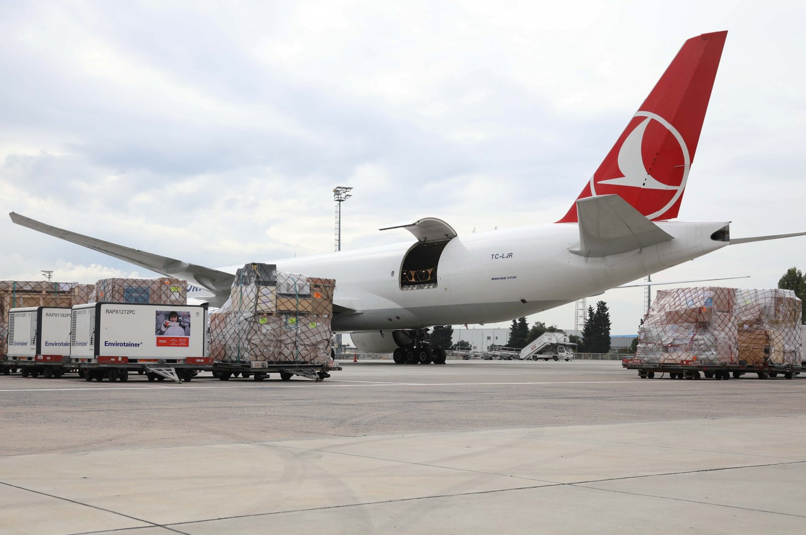 A Turkish Cargo plane is loaded with containers at Istanbul Airport, Istanbul, Turkey, Nov. 18, 2020. (Photo by Turkish Airlines via Reuters )
