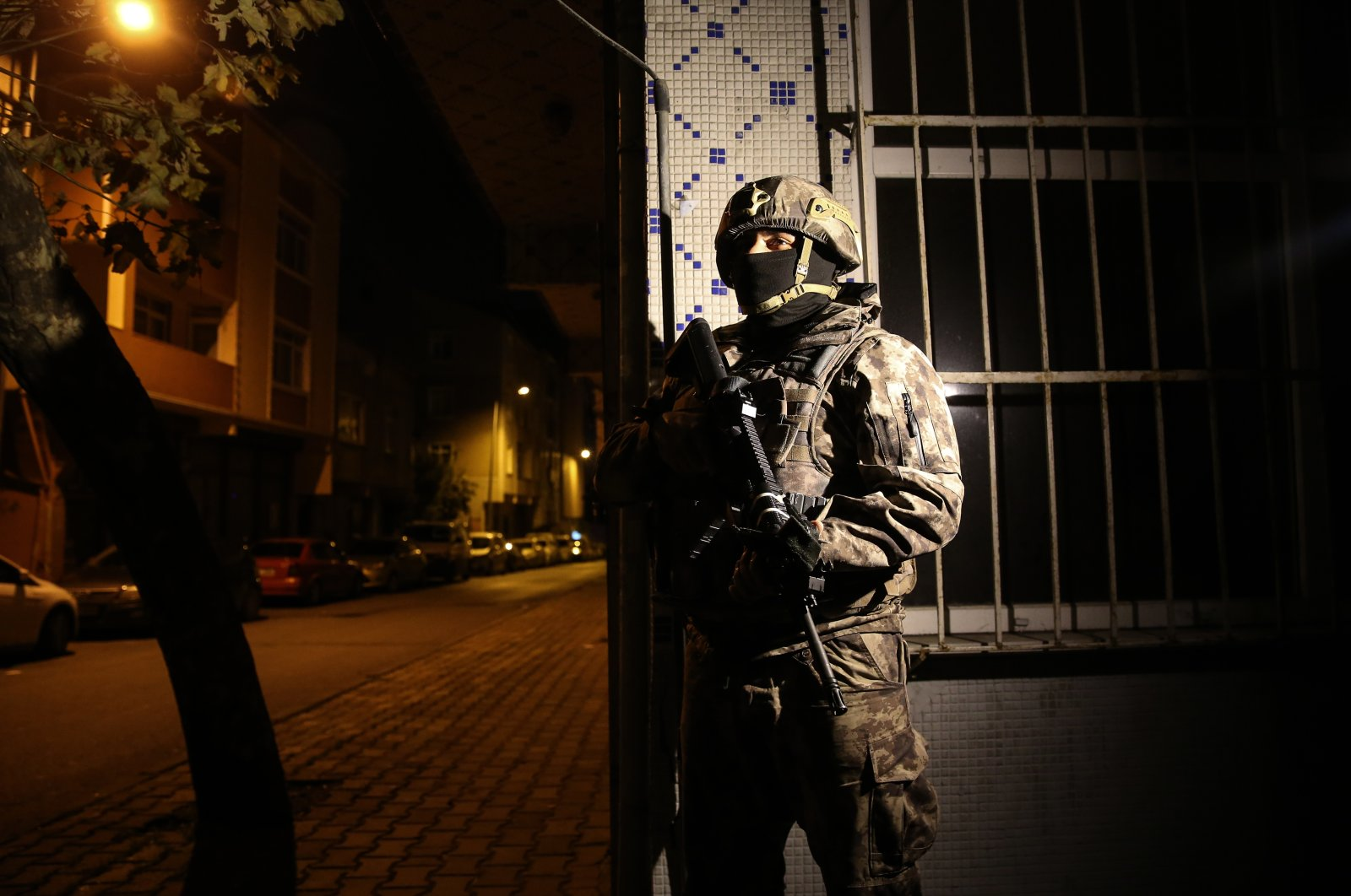Security forces detained a large number suspects in an operation against the PKK terrorist organization in Istanbul, Turkey, Nov. 26, 2020 (AA Photo)