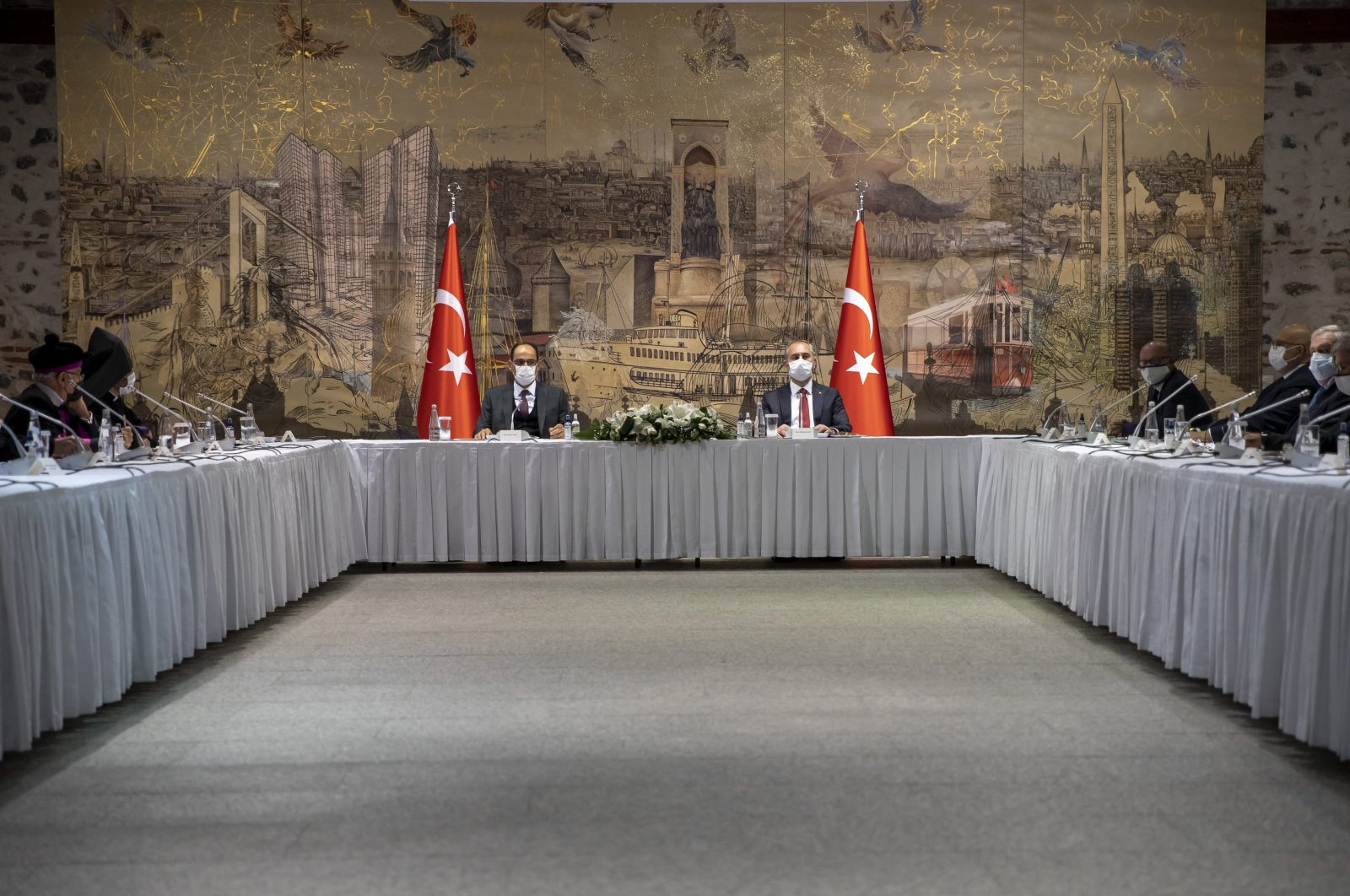 Justice Minister Abdulhamit Gül and Presidential Spokesperson Ibrahim Kalın chair a meeting with the representatives of minority communities in Turkey at the Dolmabahçe Presidential Office in Istanbul, Nov. 29, 2020. (AA Photo)