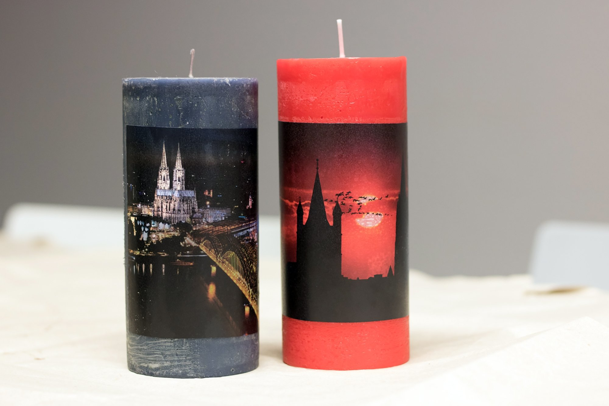 Most homeware shops will sell you candles with a print on them, but making them yourself with your own photos is surprisingly easy. (diy-academy.eu/ DPA Photo)