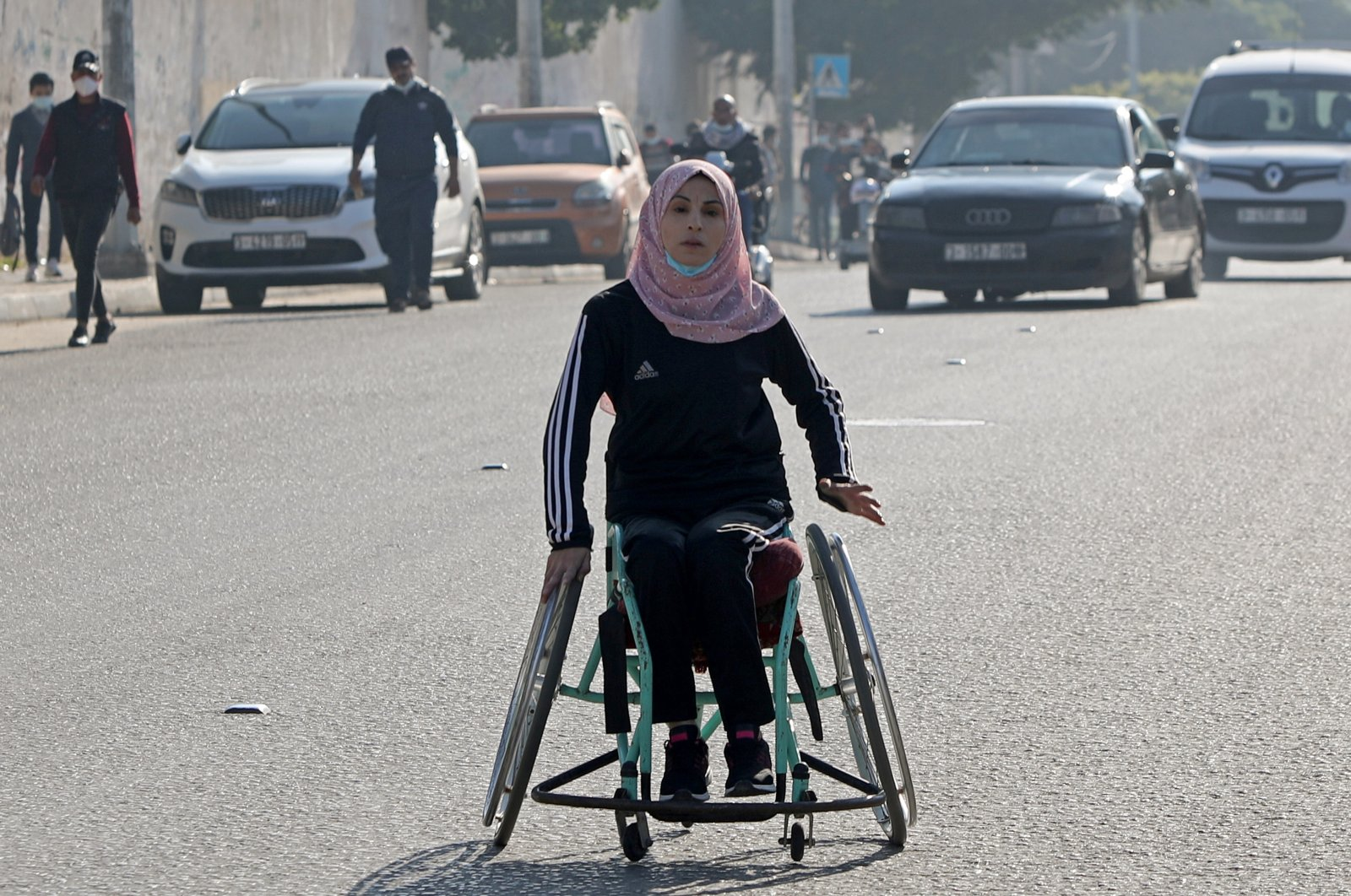 A disabled Palestinian competes during a local race on International Day of Persons with Disabilities, Gaza City, Dec. 3, 2020. (REUTERS Photo)