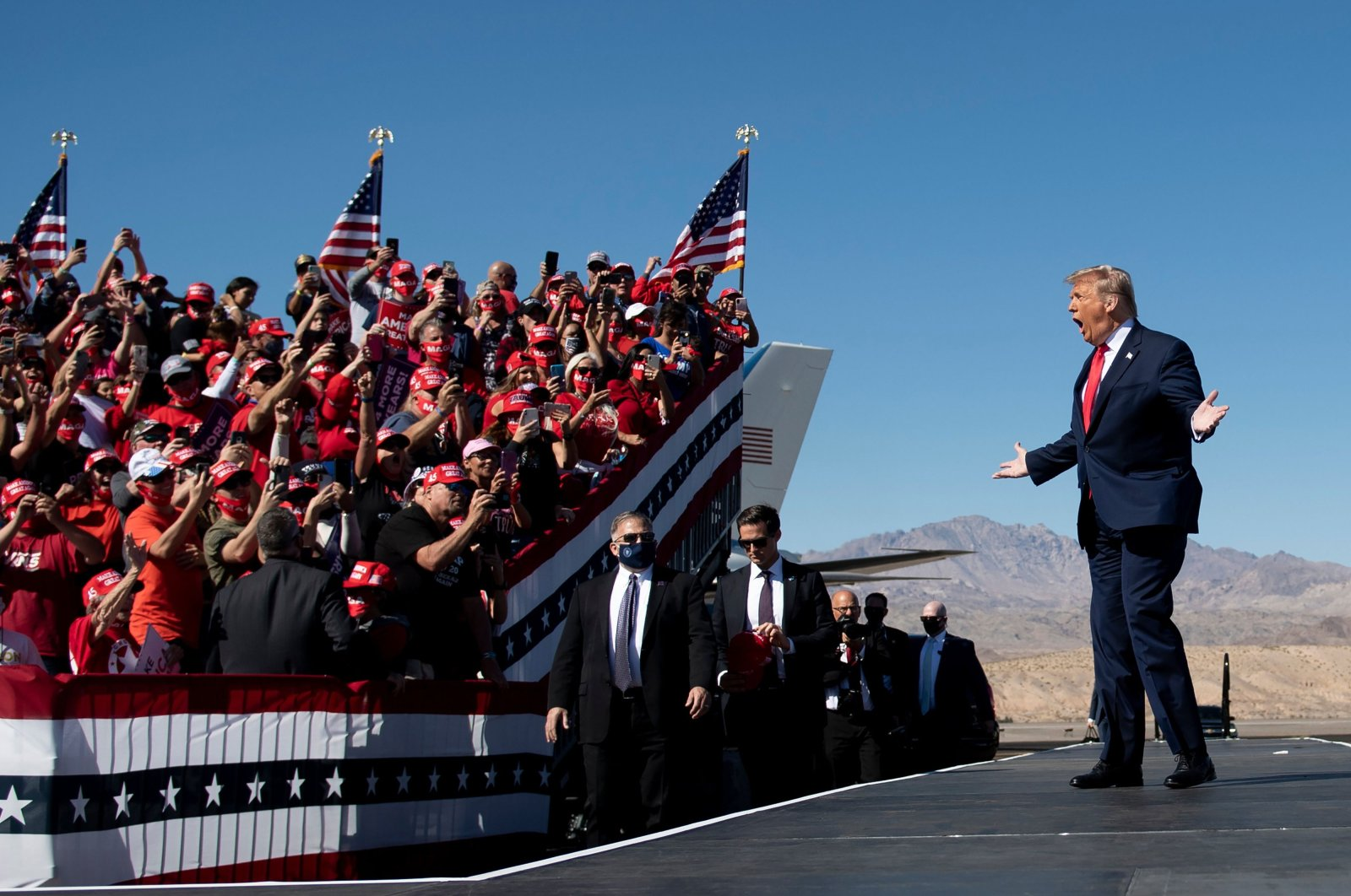 U.S. President Donald Trump arrives for a Make America Great Again rally at Laughlin/Bullhead International Airport, Bullhead City, Arizona, Oct. 28, 2020. (AFP Photo)