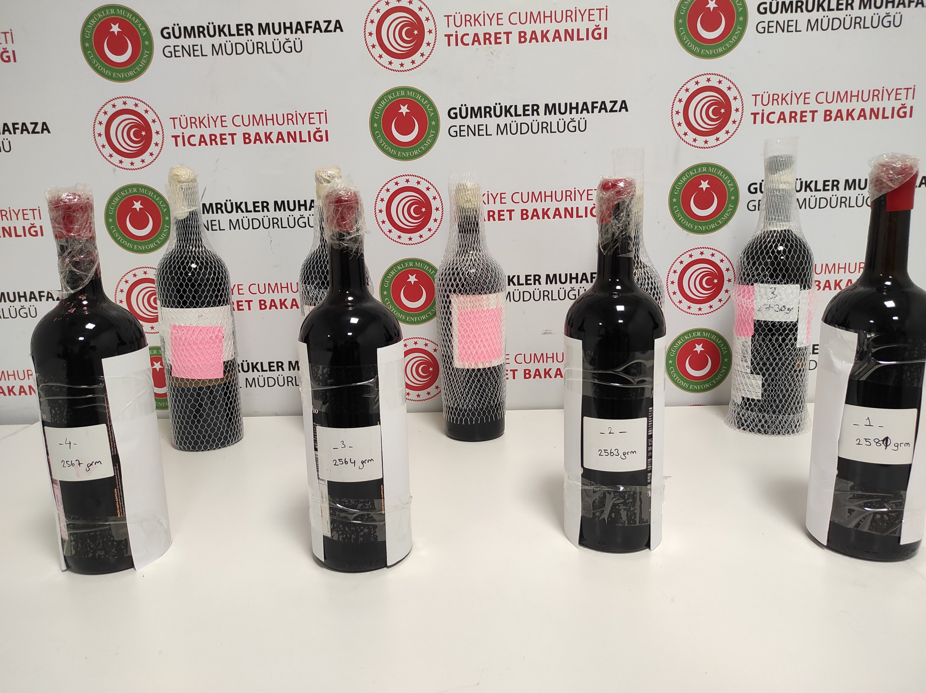 Drug smugglers turn to 'liquid' cocaine to thwart detection in Turkey