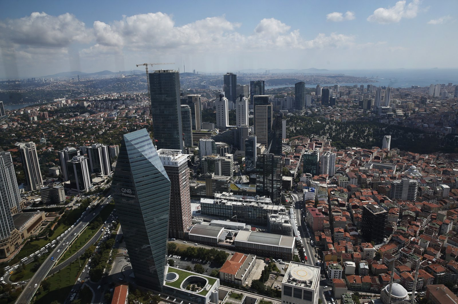 A general view of Istanbul's financial and commercial Levent district, where many of Turkey's leading banks and companies have their headquarters, Aug. 16, 2018. (AP Photo)