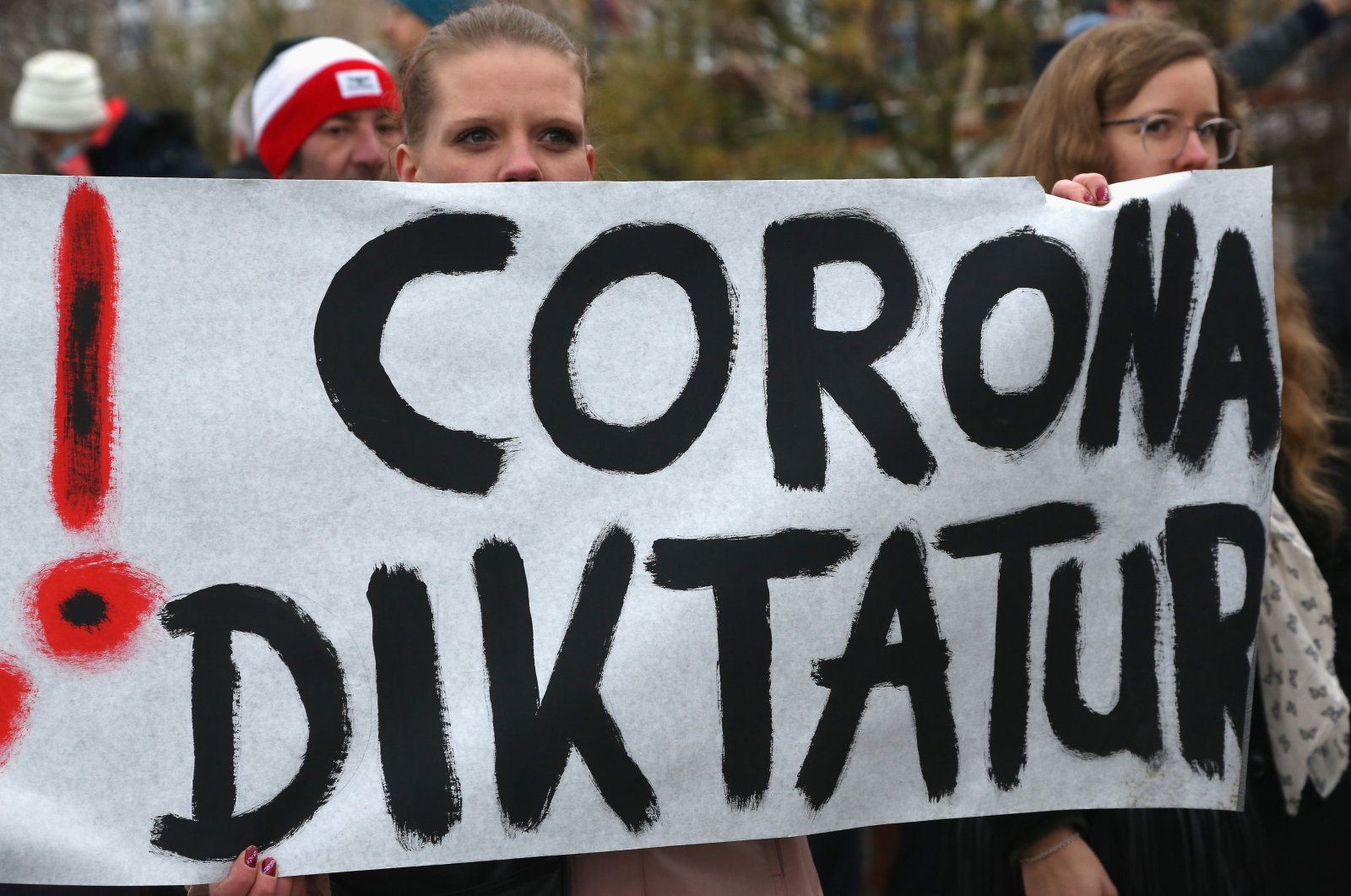 Protesters take part in a demonstration against the measures to curb the spread of the coronavirus (COVID-19), in Frankfurt an der Oder, Germany, Nov. 28, 2020. (AFP Photo)